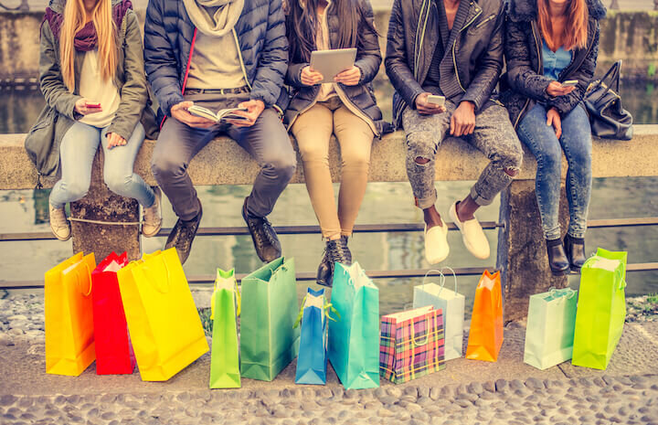 Friends shopping 2(1).jpg