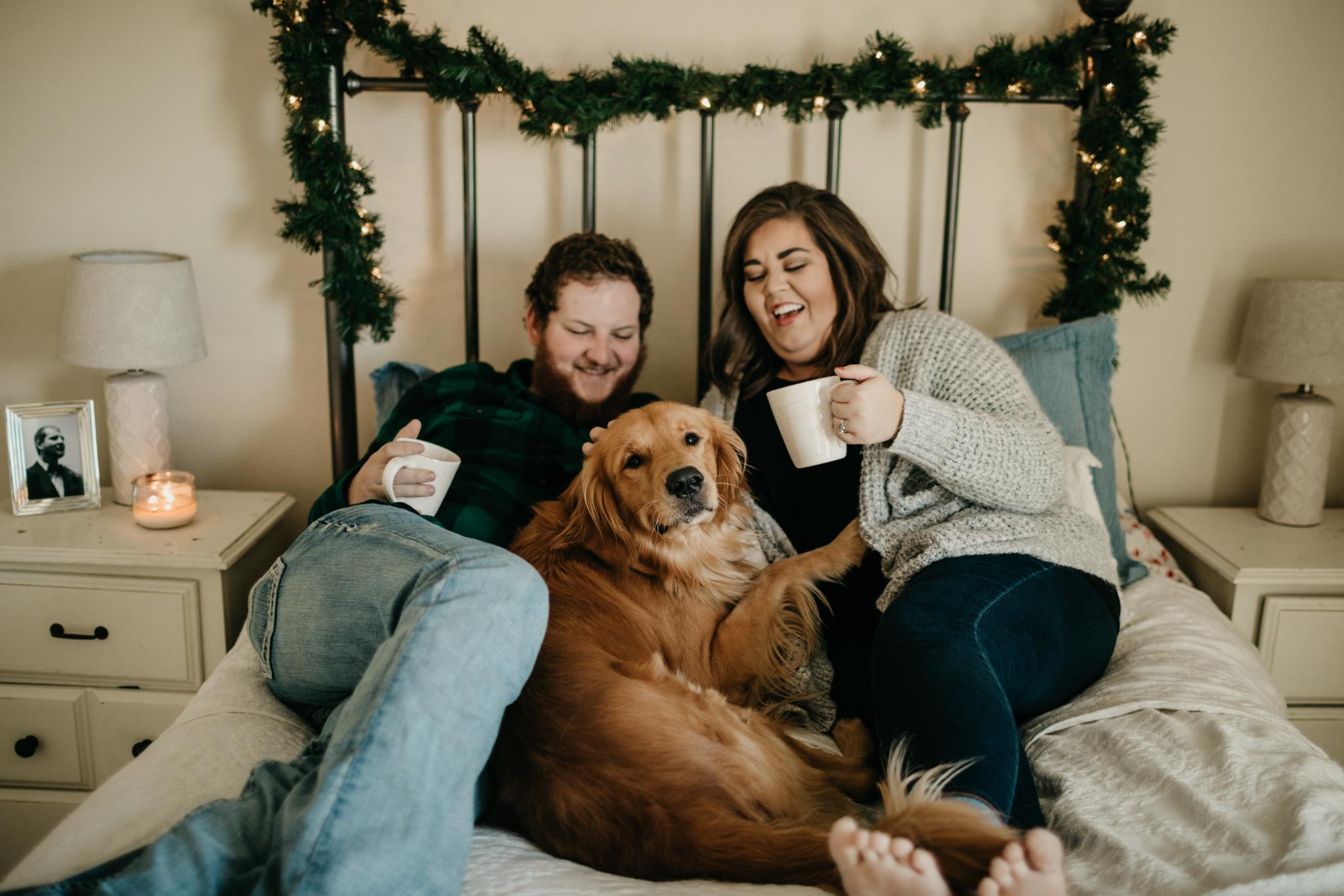 billie-shaye-style-photography-www.billieshayestyle.com-lifestyle-couple-christmas-cuddle-session-nashville-tennessee-8506.jpg