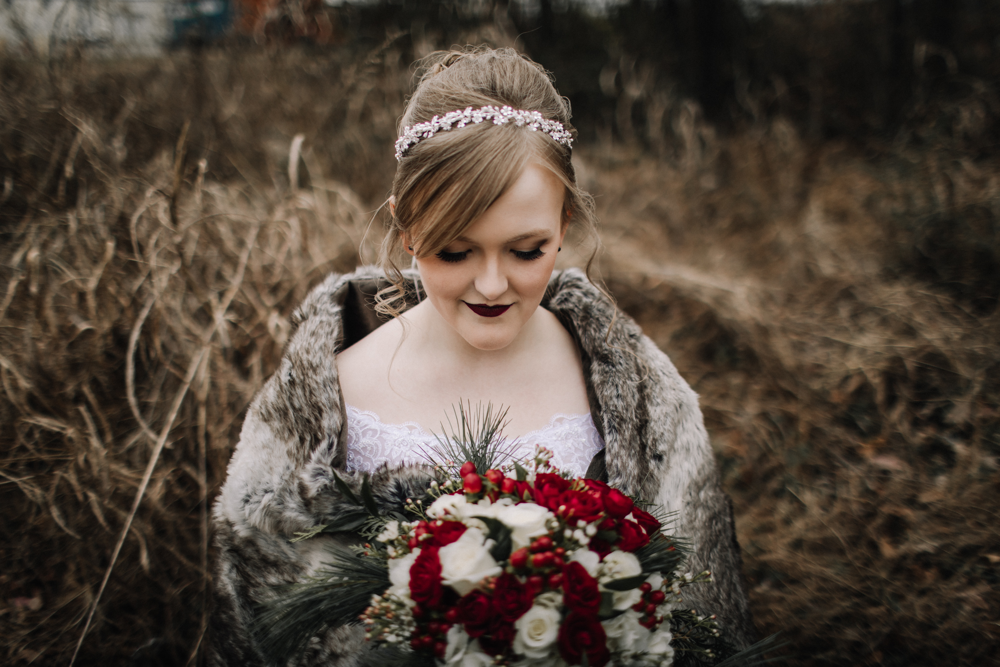 billie-shaye-style-photography-www.billieshayestyle.com-winter-wedding-the-belle-hollow-clarksville-tennessee-9043.jpg