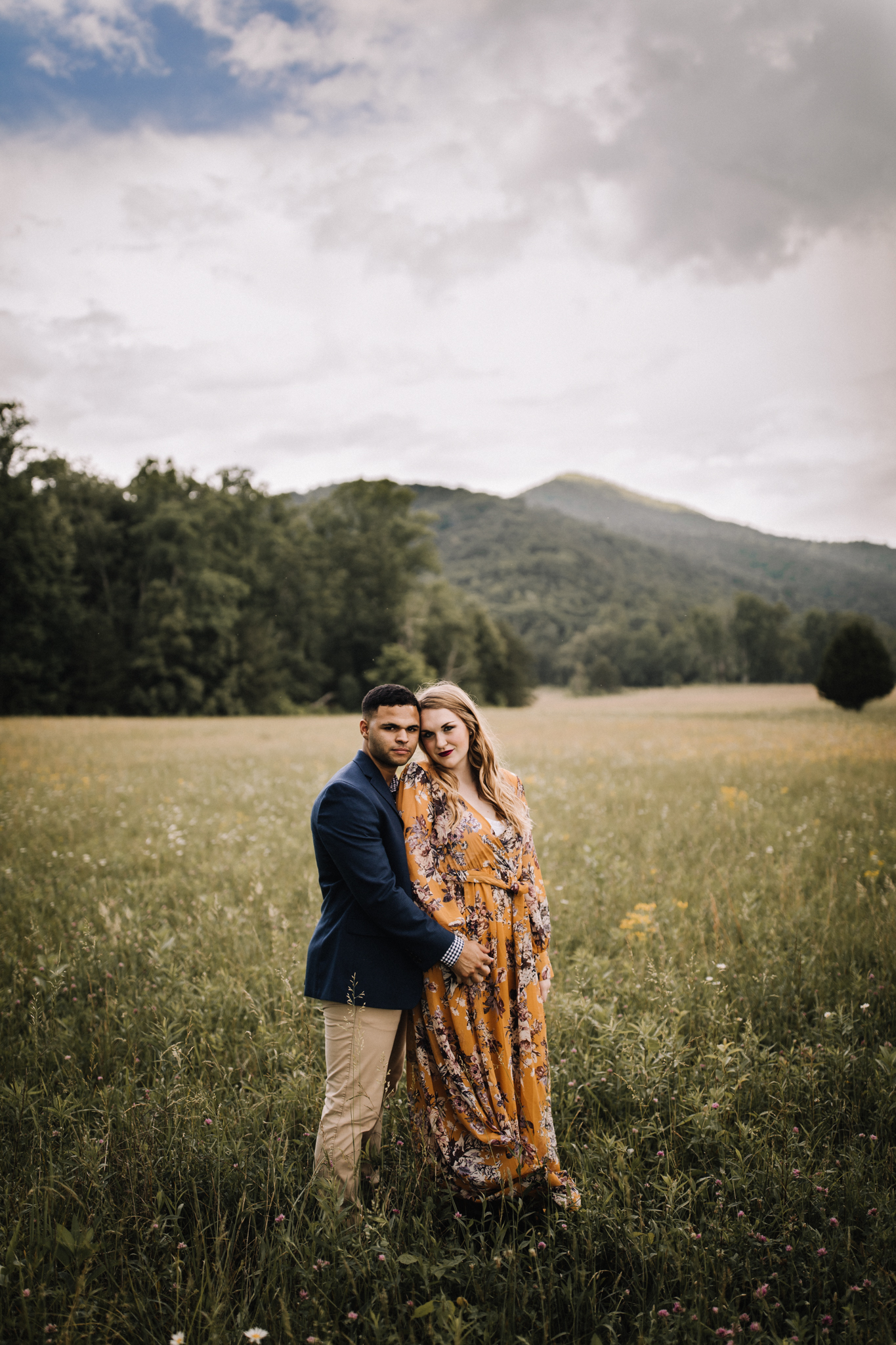 billie-shaye style photography - www.billieshayestyle.com - smokey mountain cades cove summer rain engagement session - gatlinburg tennessee-0248.jpg