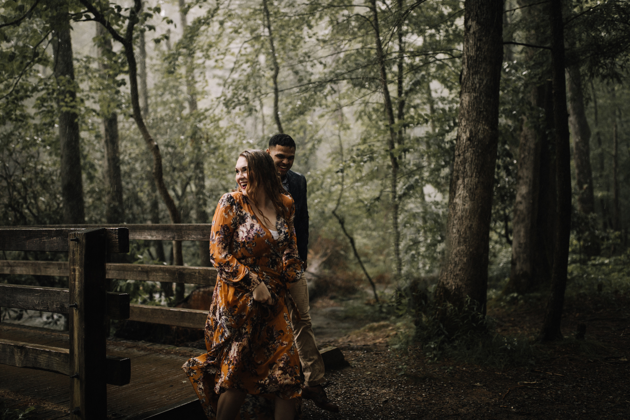 billie-shaye style photography - www.billieshayestyle.com - smokey mountain cades cove summer rain engagement session - gatlinburg tennessee-0490.jpg