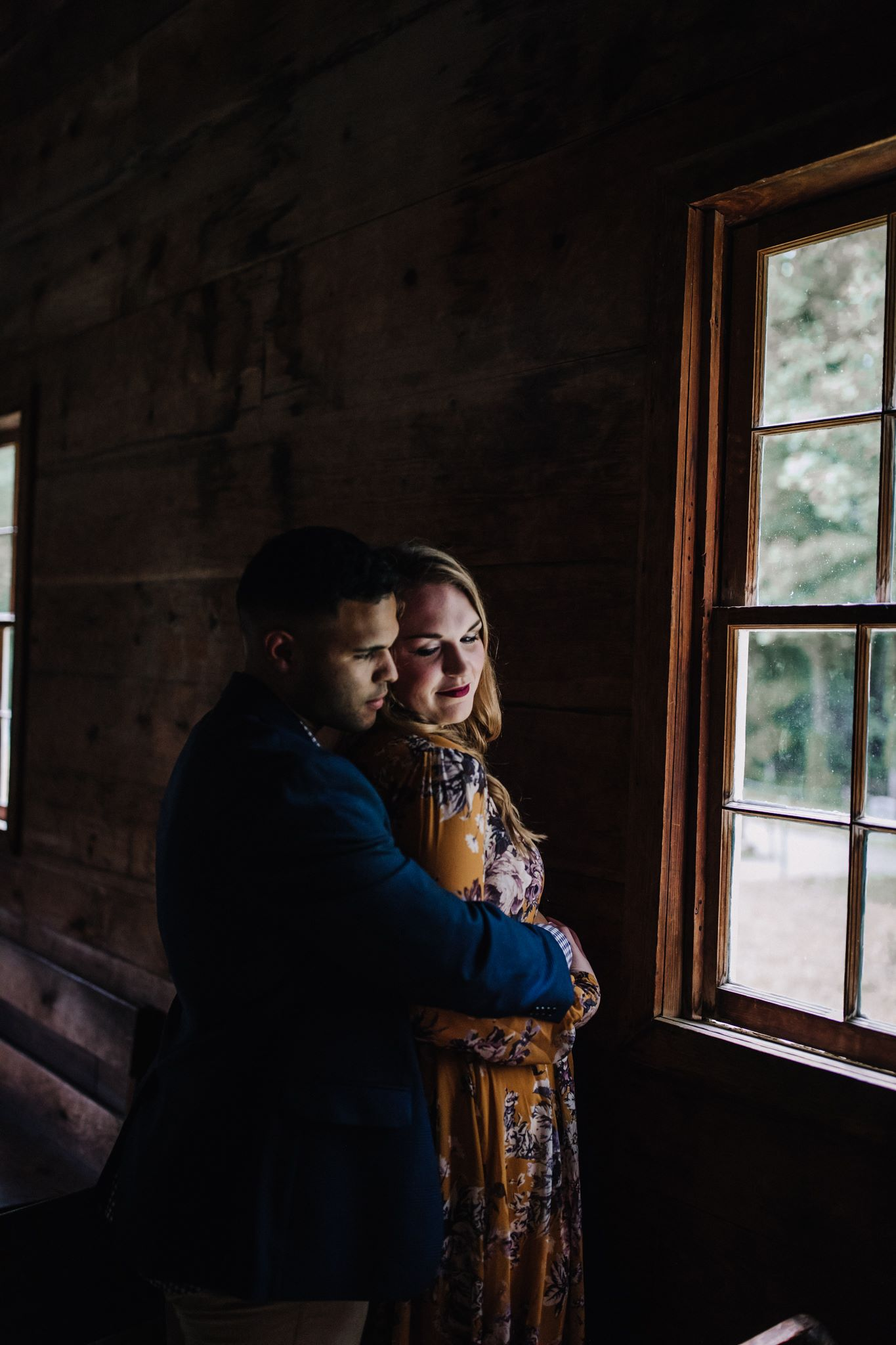 billie-shaye style photography - www.billieshayestyle.com - smokey mountain cades cove summer rain engagement session - gatlinburg tennessee-26.jpg