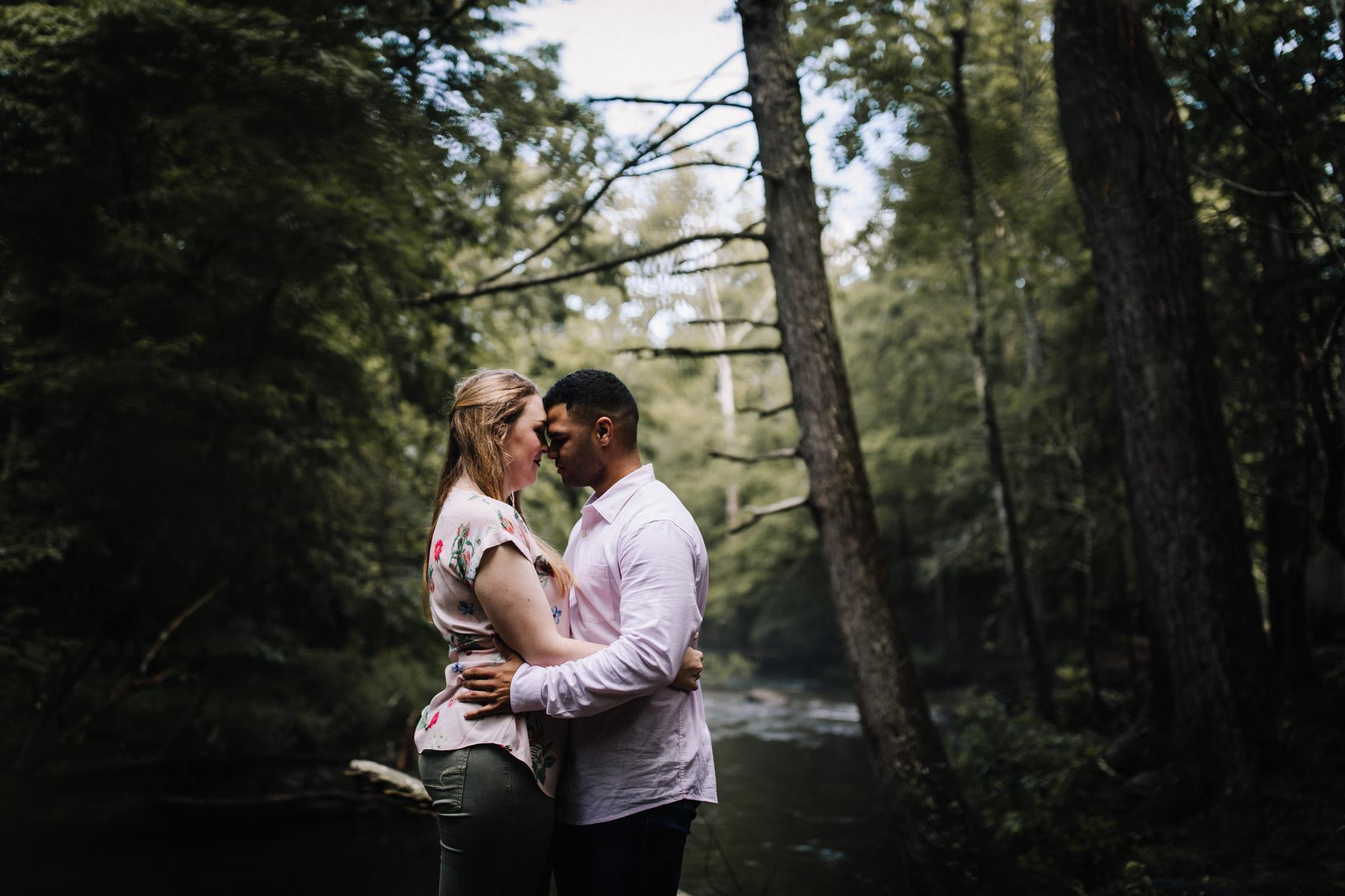 billie-shaye style photography - www.billieshayestyle.com - smokey mountain cades cove summer rain engagement session - gatlinburg tennessee-14.jpg