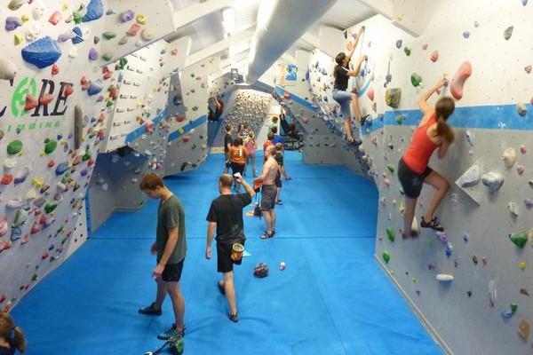 Bouldering at Vauxwall - Exerk 'Find Your Fun' information