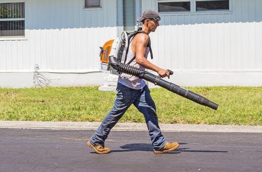 gardener-worker-gardening-machinery-162564.jpeg