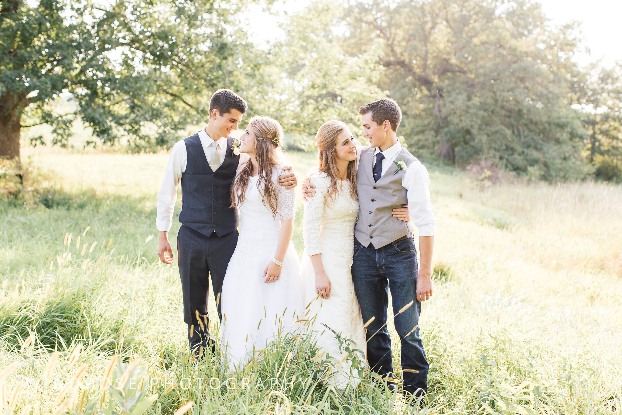 Double-Summer-Minnesota-Wedding-Photographer-37.jpg