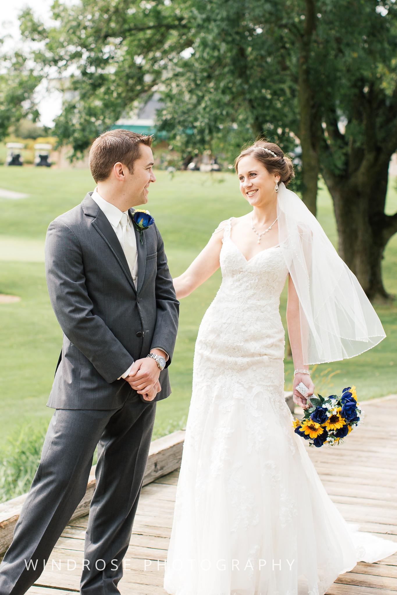 La-Crosse-Country-Club-Wedding-Minnesota-Wedding-Photographer-4.jpg