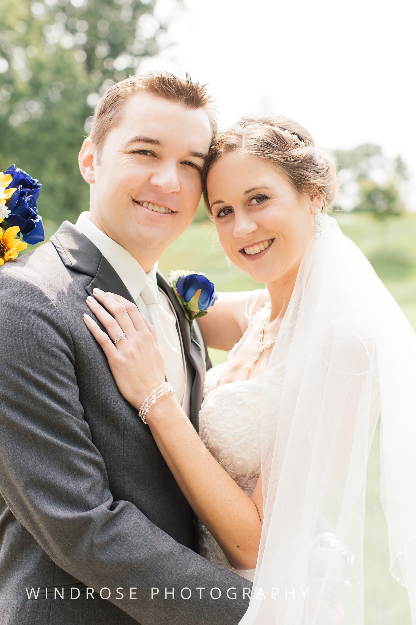 La-Crosse-Country-Club-Wedding-Minnesota-Wedding-Photographer-6.jpg