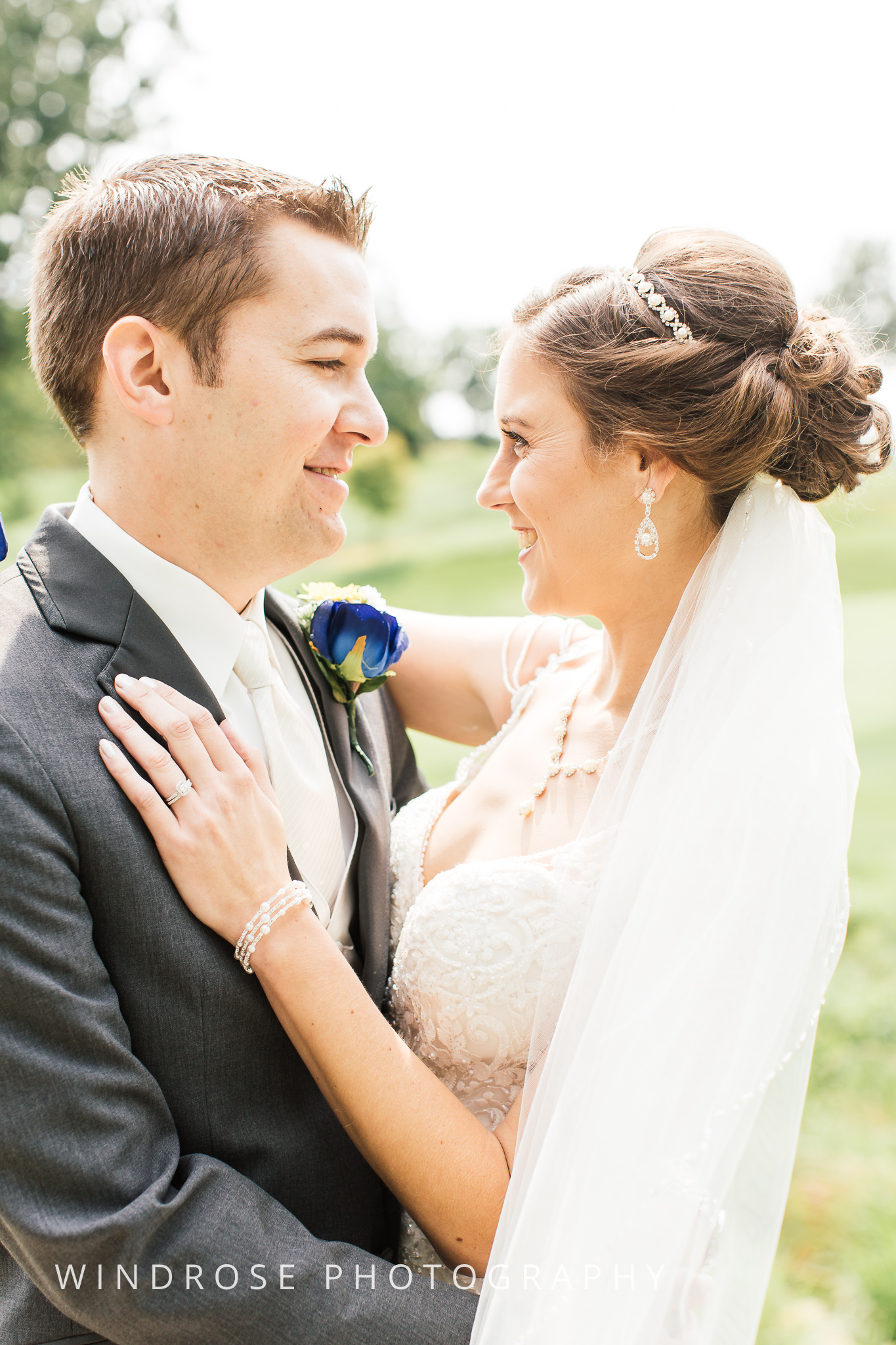 La-Crosse-Country-Club-Wedding-Minnesota-Wedding-Photographer-7.jpg
