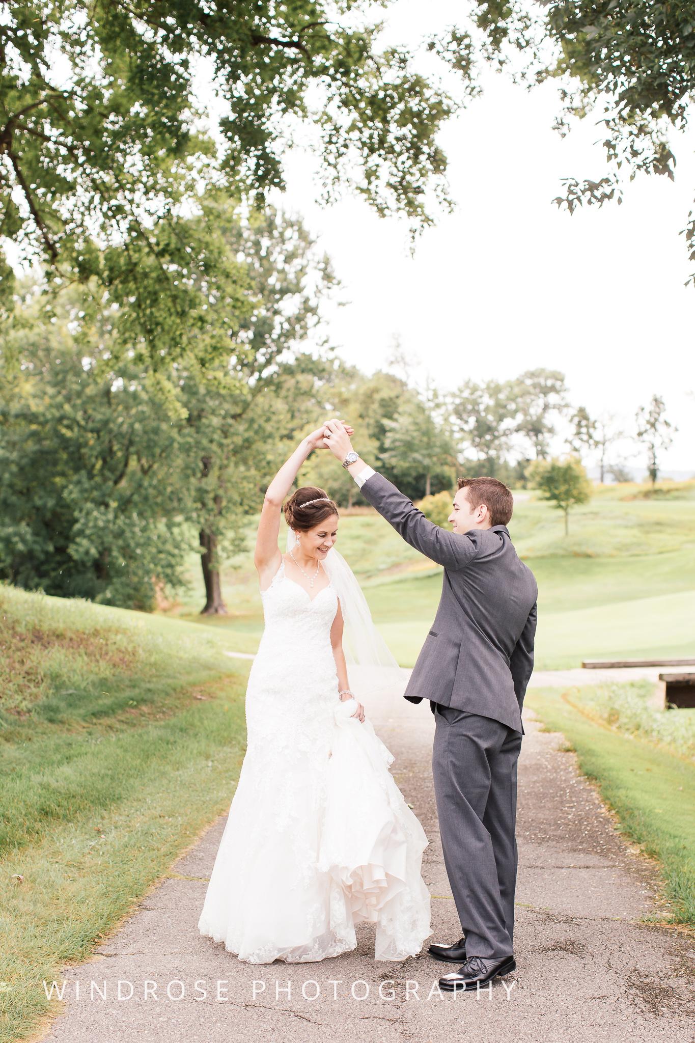 La-Crosse-Country-Club-Wedding-Minnesota-Wedding-Photographer-11.jpg