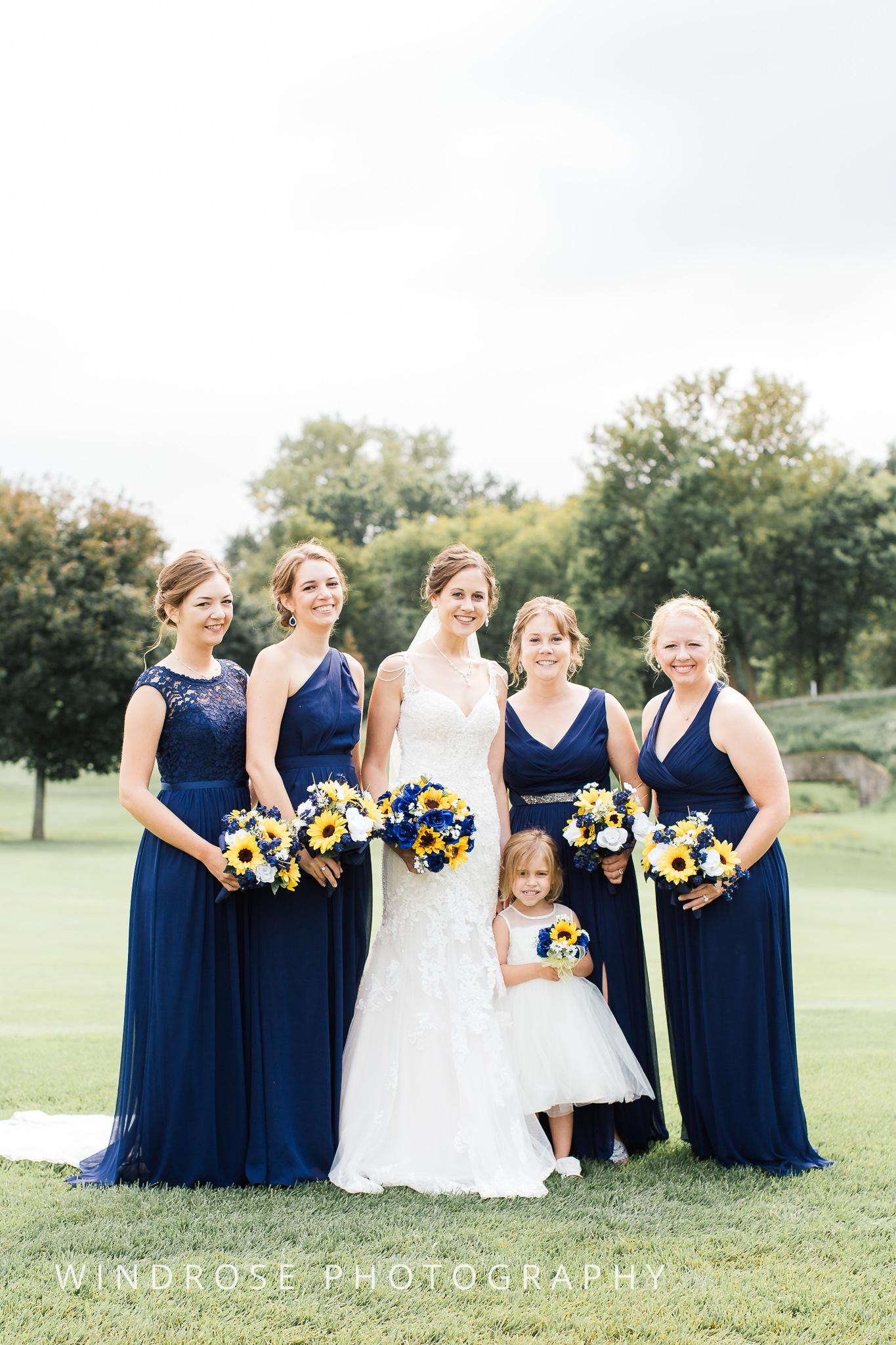 La-Crosse-Country-Club-Wedding-Minnesota-Wedding-Photographer-16.jpg