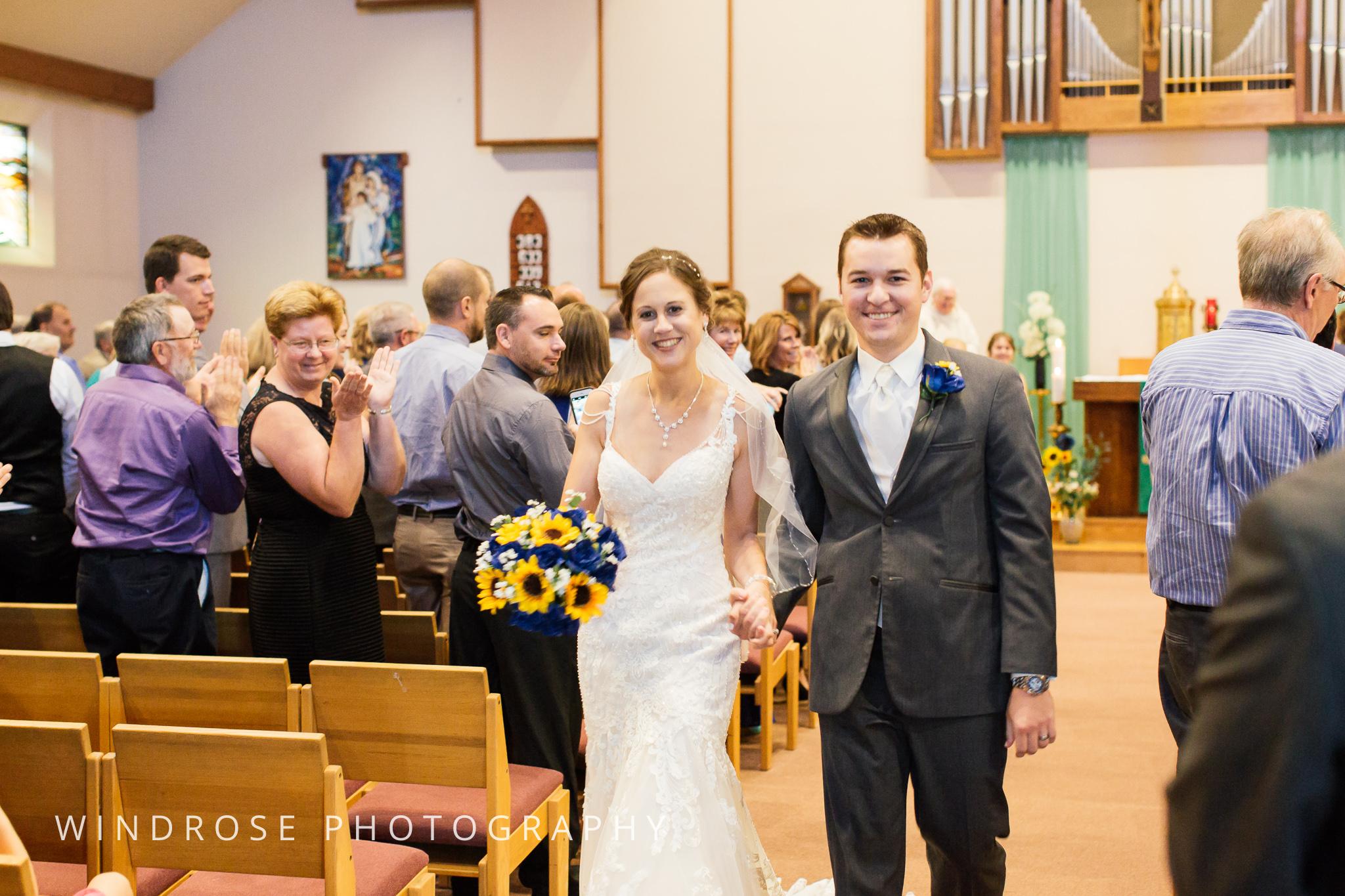 La-Crosse-Country-Club-Wedding-Minnesota-Wedding-Photographer-23.jpg