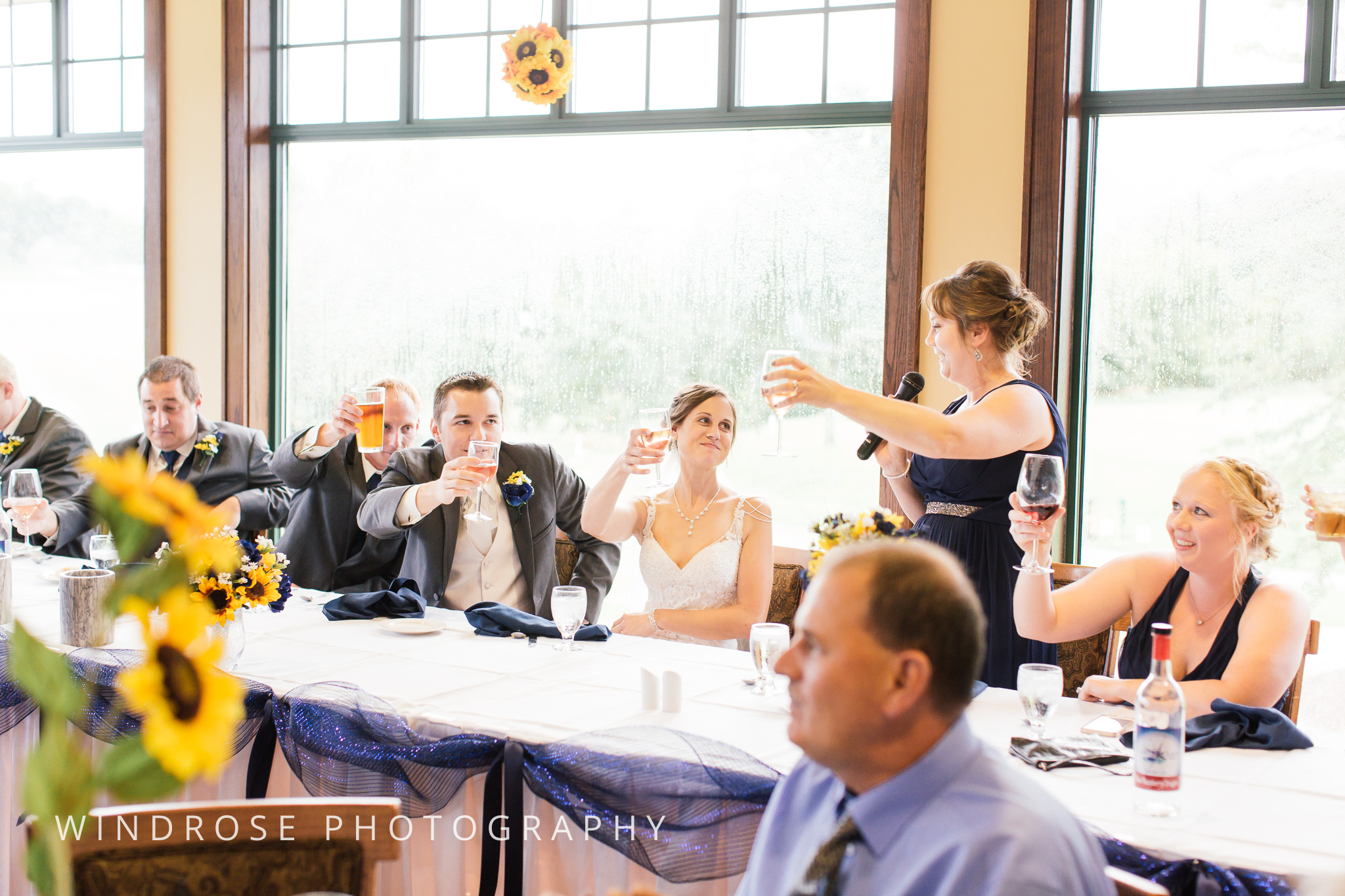 La-Crosse-Country-Club-Wedding-Minnesota-Wedding-Photographer-38.jpg