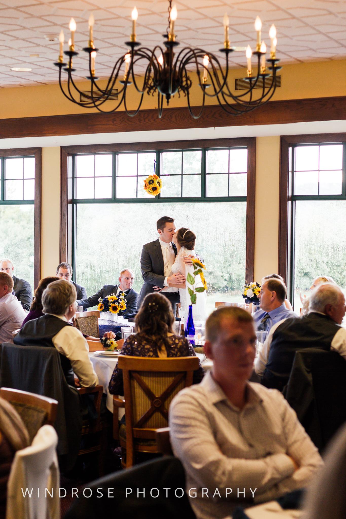 La-Crosse-Country-Club-Wedding-Minnesota-Wedding-Photographer-39.jpg
