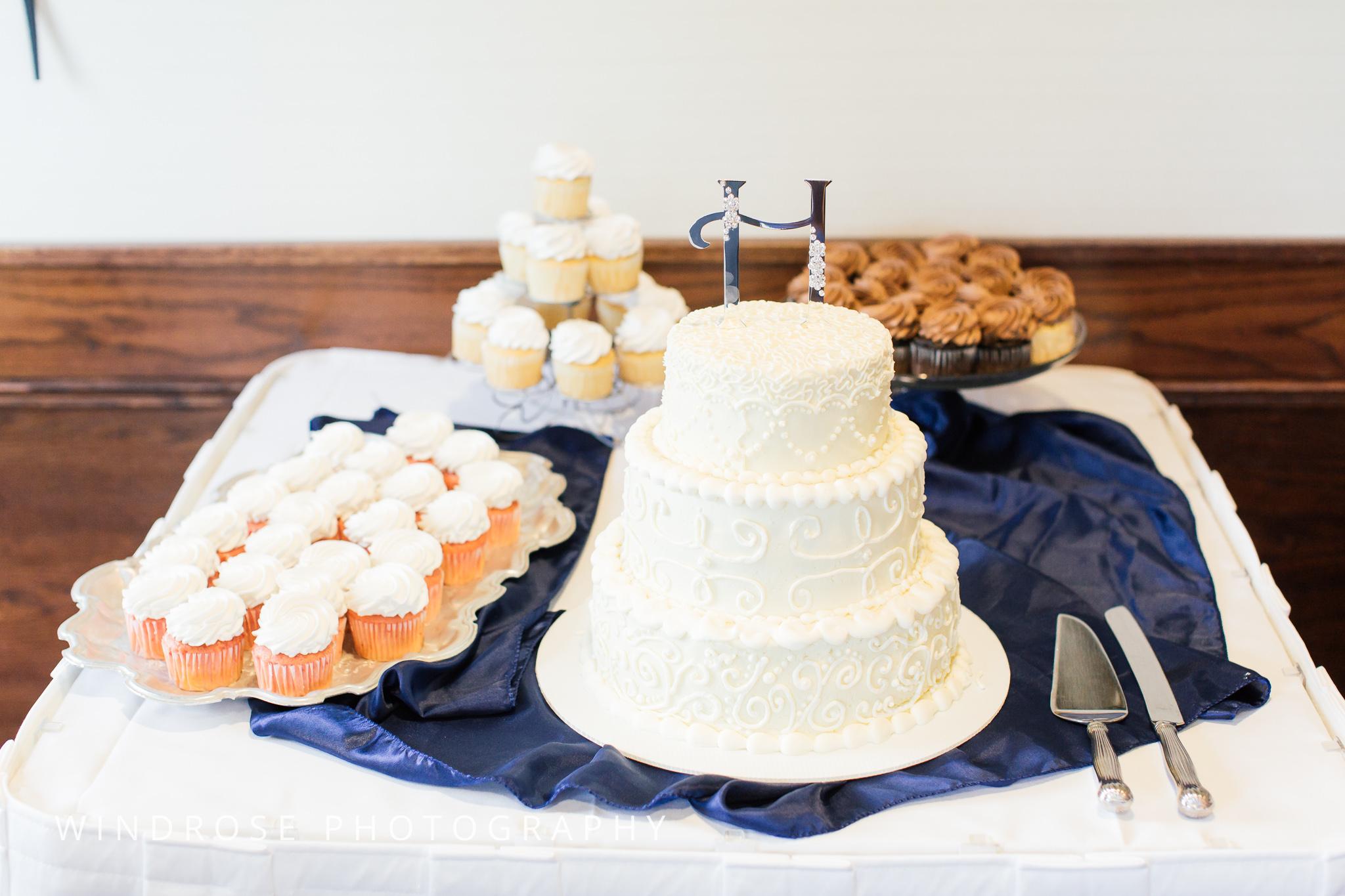 La-Crosse-Country-Club-Wedding-Minnesota-Wedding-Photographer-40.jpg