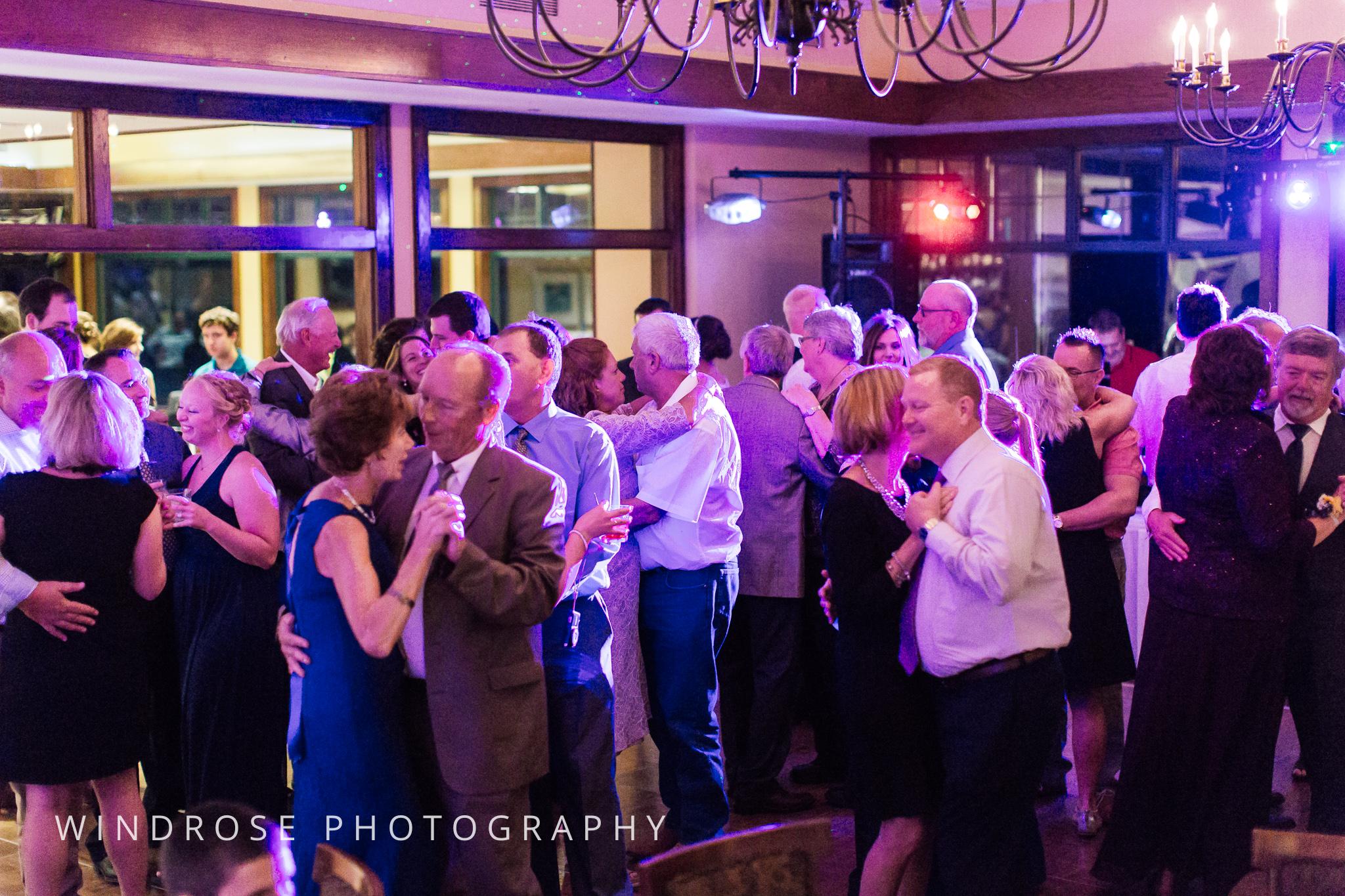 La-Crosse-Country-Club-Wedding-Minnesota-Wedding-Photographer-48.jpg