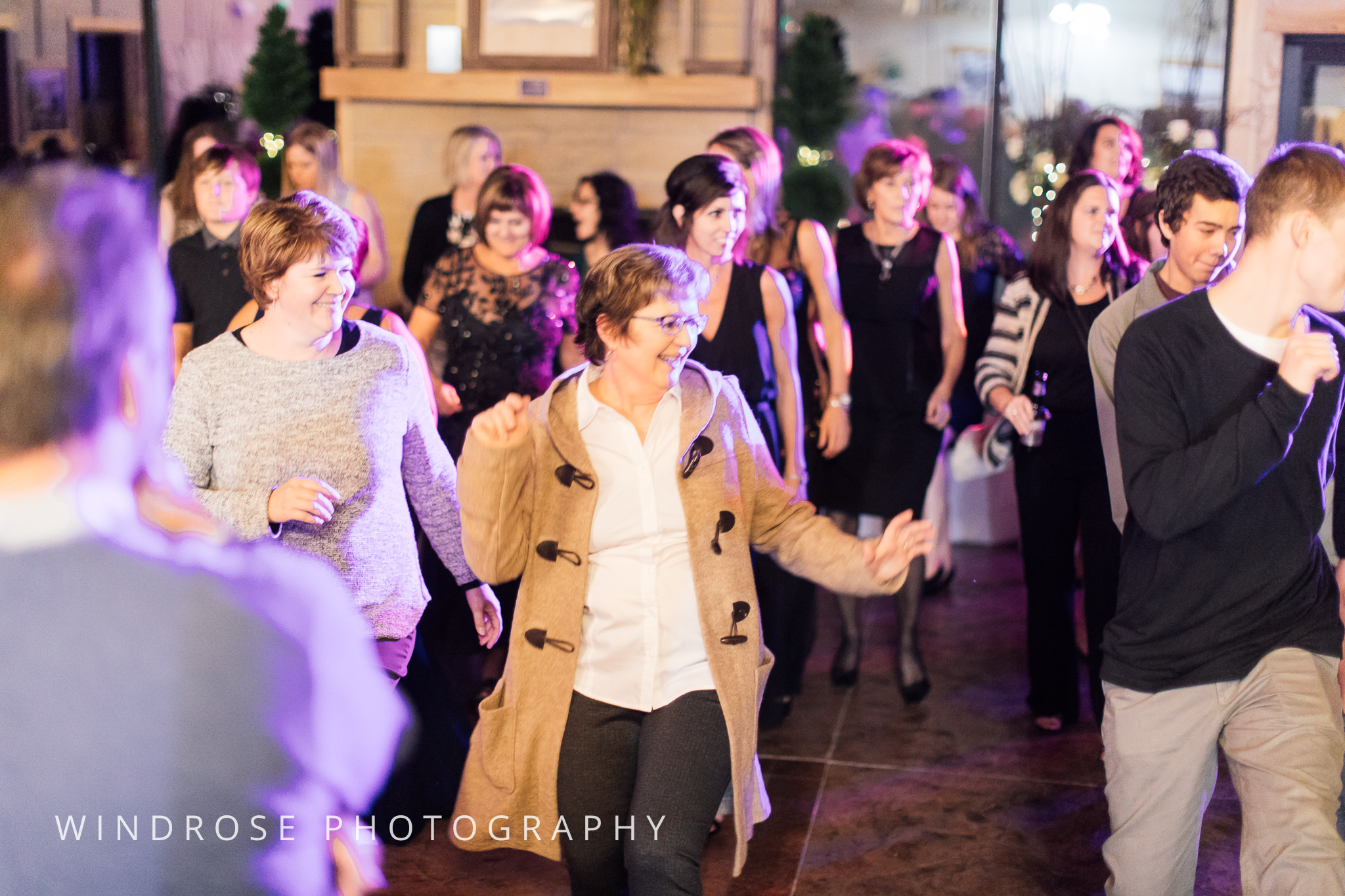 Albert-Lea-Edgewater-Bay-Pavilion-Minnesota-Wedding-Photographer-39.jpg