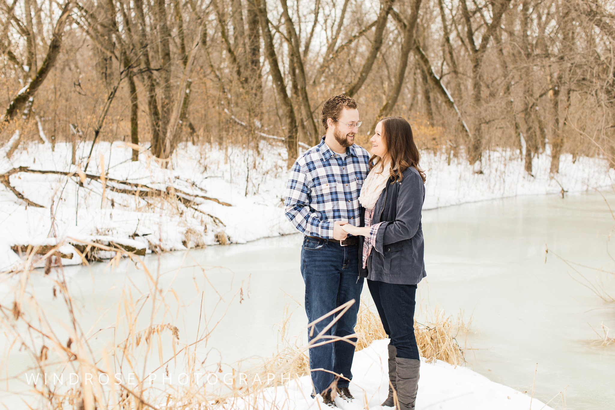 Quarry-Hill-Winter-Engagement-Photo-Session-2.jpg