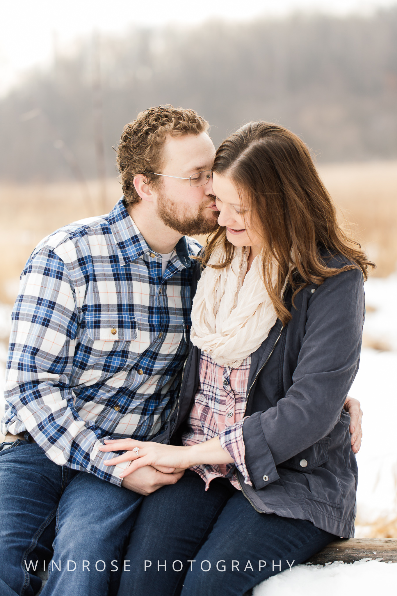 Quarry-Hill-Winter-Engagement-Photo-Session-14.jpg