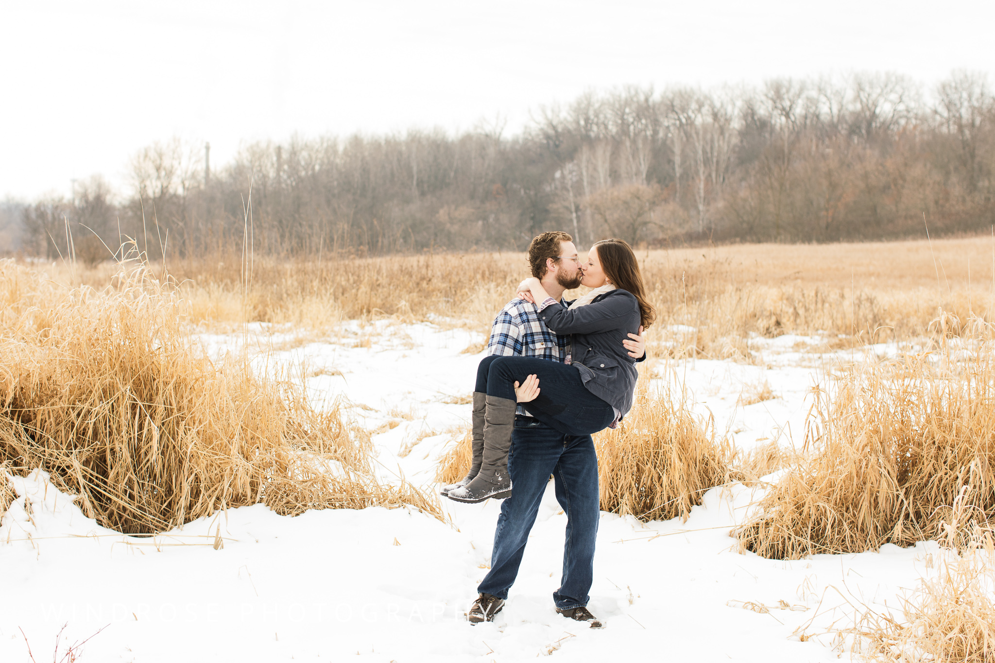 Quarry-Hill-Winter-Engagement-Photo-Session-16.jpg