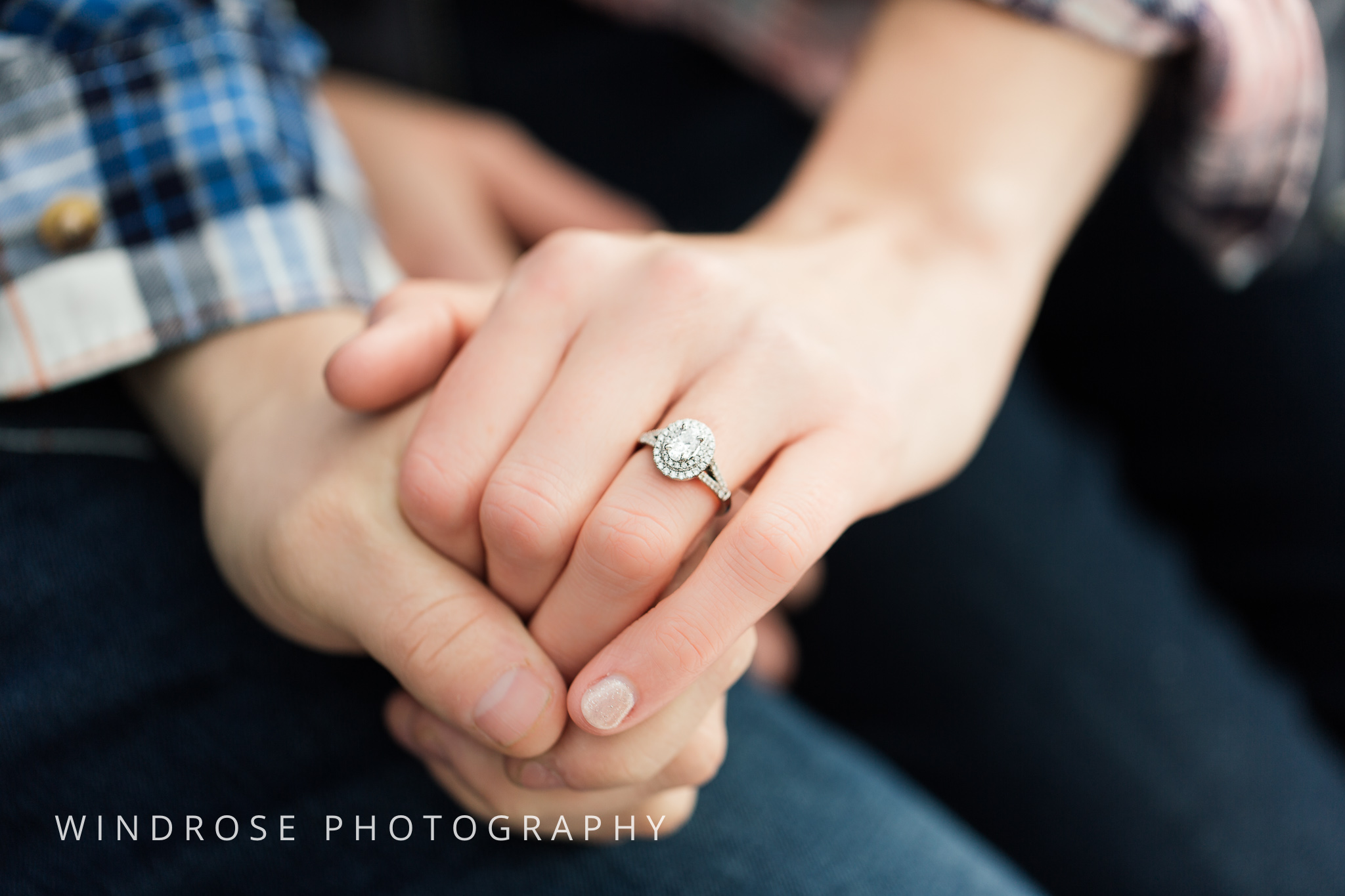 Quarry-Hill-Winter-Engagement-Photo-Session-22.jpg