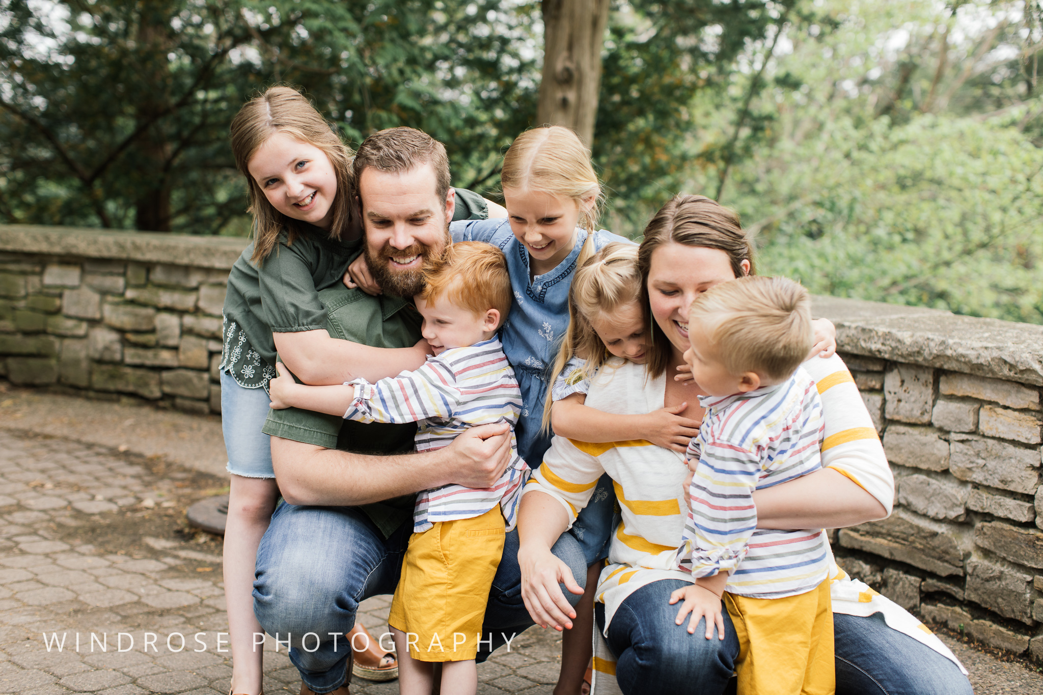Plummer-House-Rochester-MN-family-portraits-20.jpg