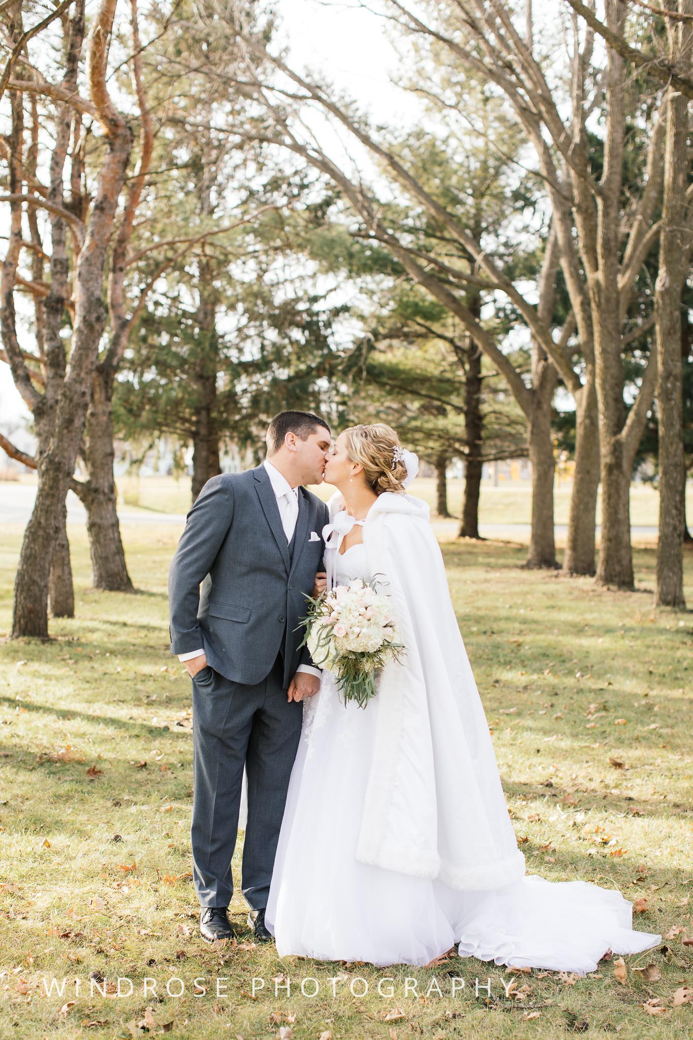 Rochester-MN-Wedding-Photo-16.jpg