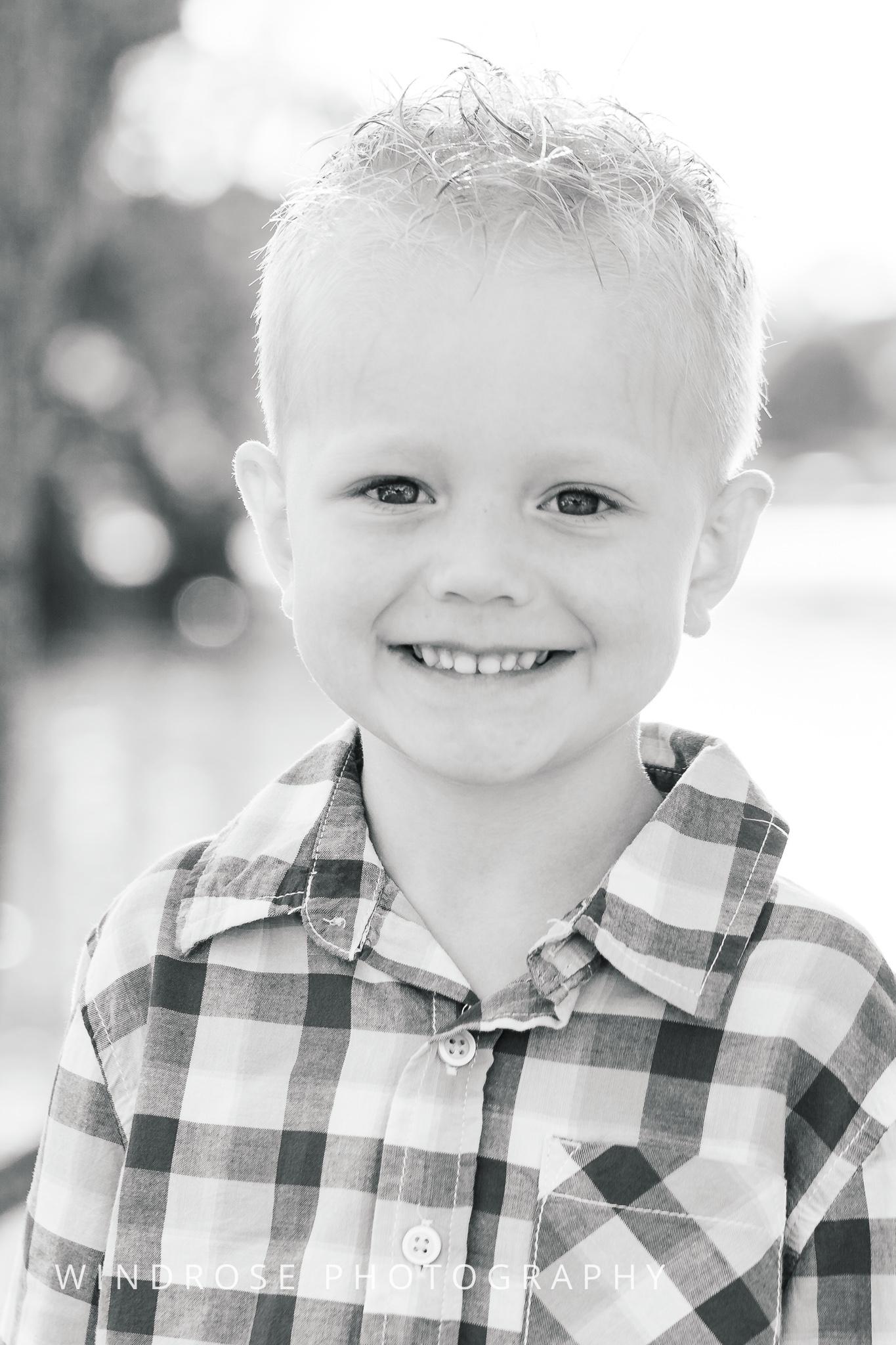 Children-Portraits-Rochester-MN-B&W-2.jpg
