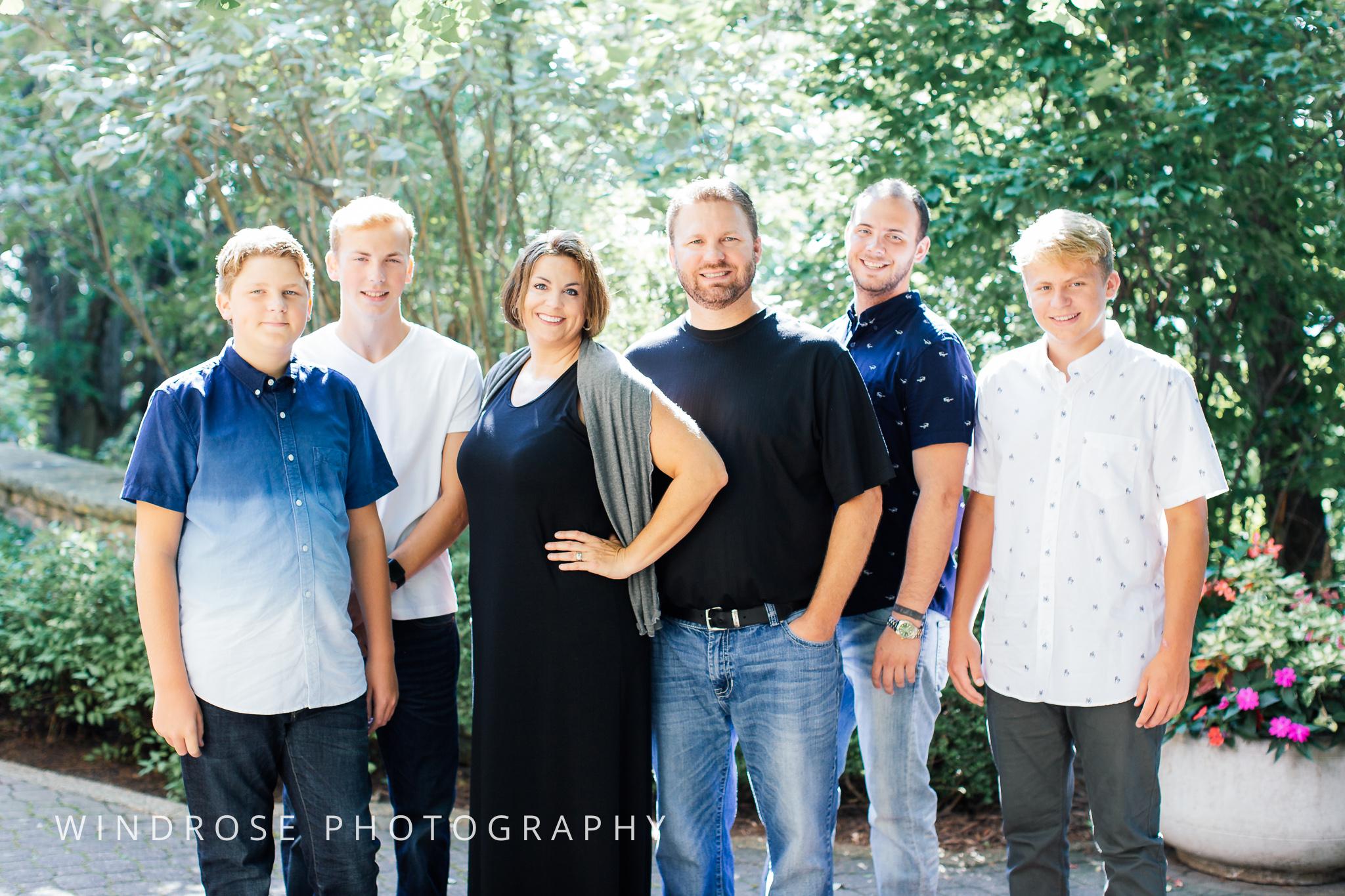 Family-Portrait-Rochester-MN-Plummer-House-2.jpg