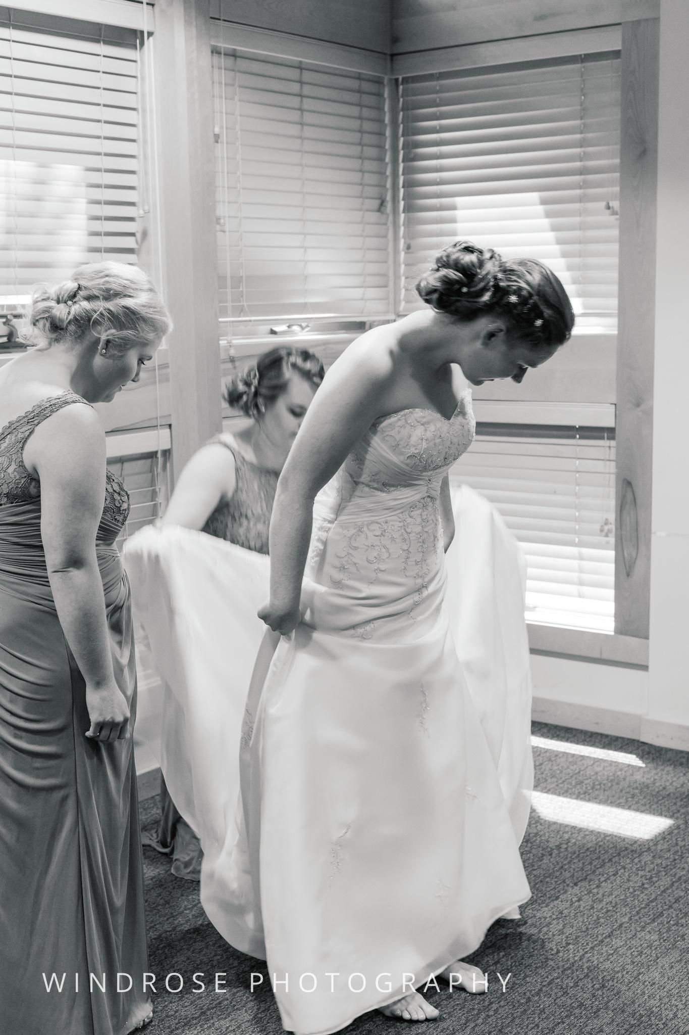 Wedding-Dakota-Lodge-St-Paul-MN-5.jpg