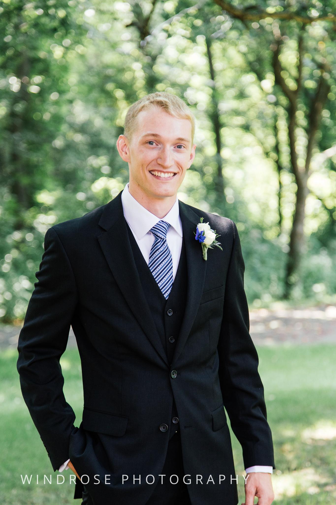 Wedding-Dakota-Lodge-St-Paul-MN-6.jpg
