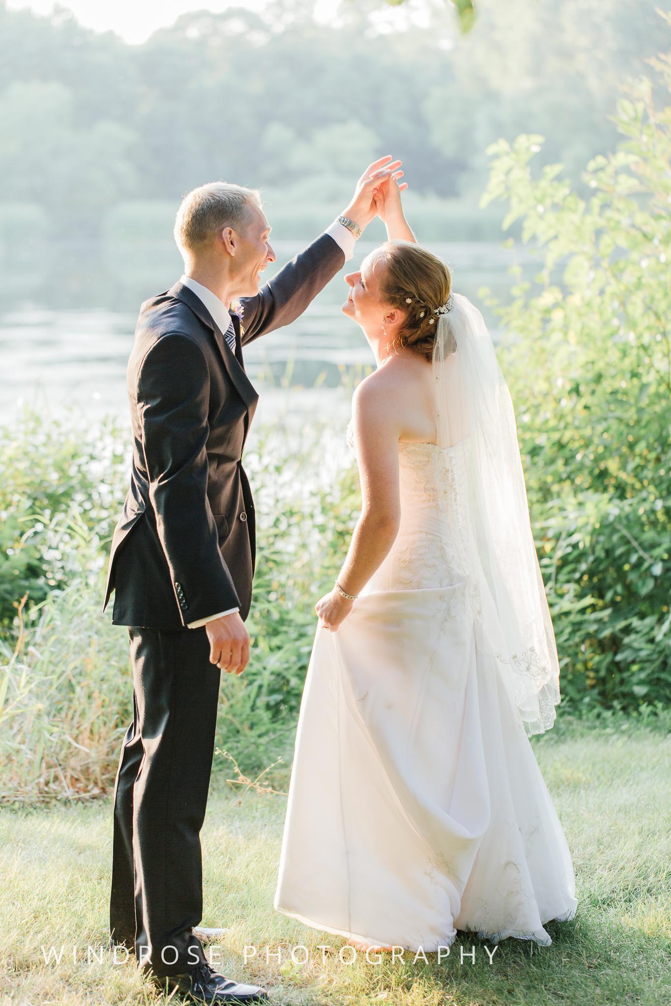 Wedding-Dakota-Lodge-St-Paul-MN-26.jpg