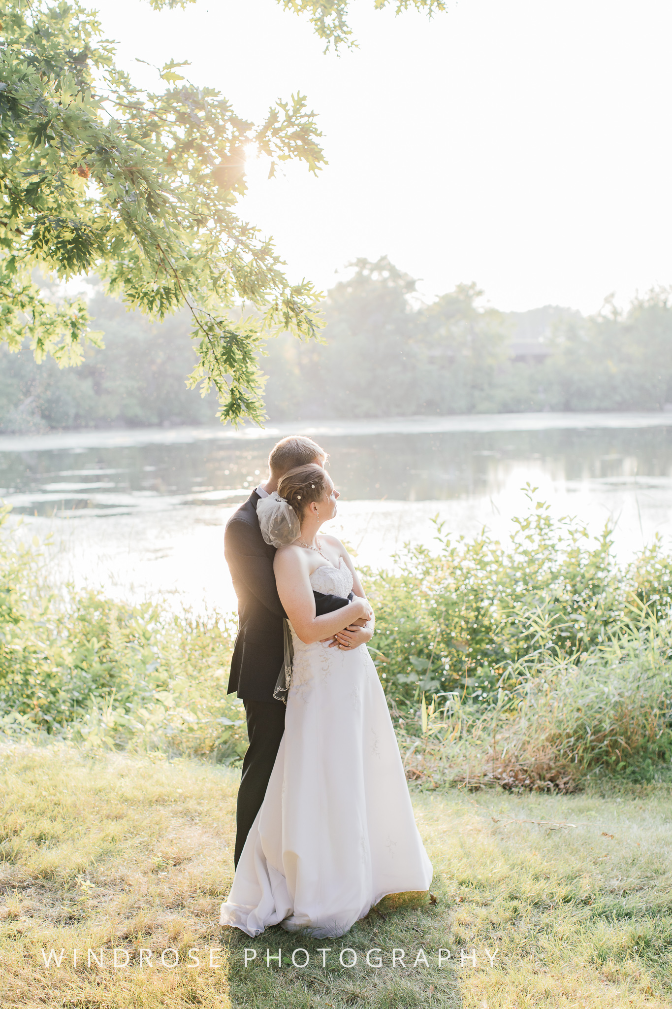 Wedding-Dakota-Lodge-St-Paul-MN-27.jpg