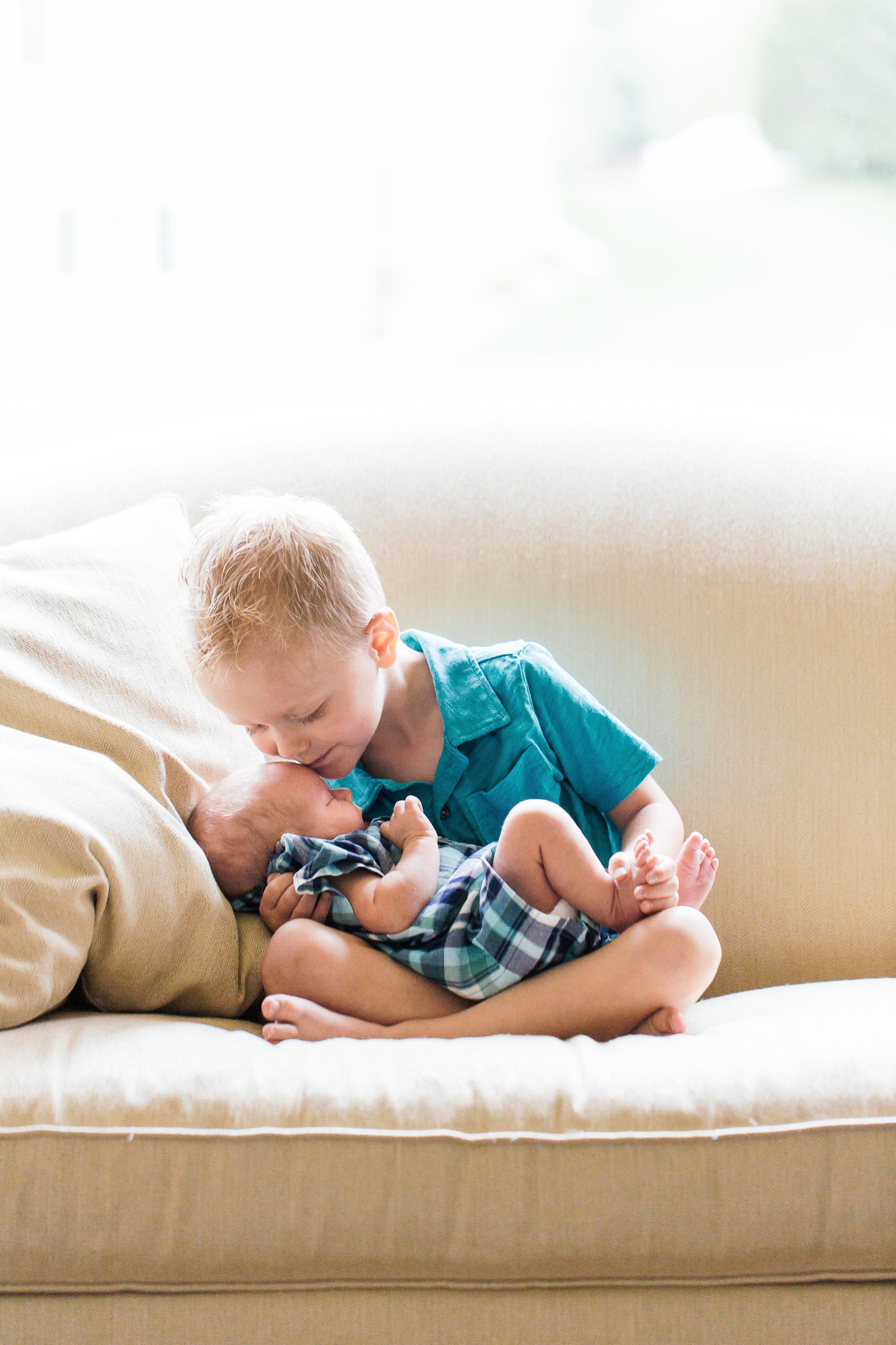 Newborn-Portraits-Rochester-MN-052-5DM33202.jpg