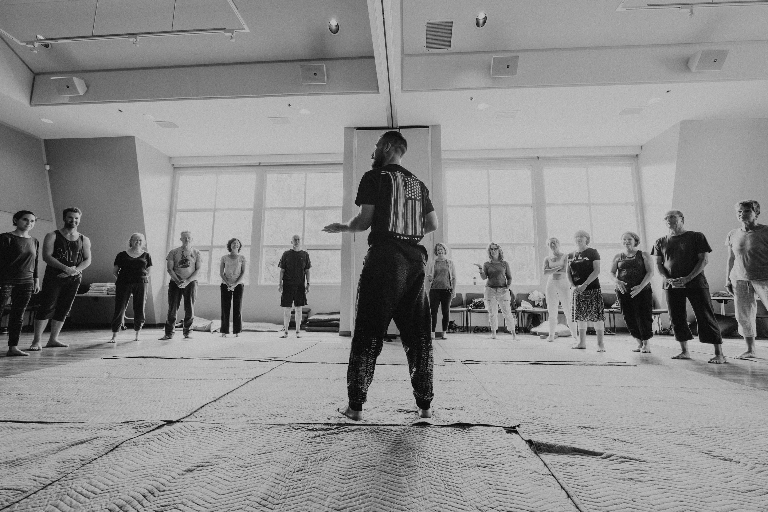 Elia teaching at the Up & Down workshop, 2018 (credits: Lindyn Williams)
