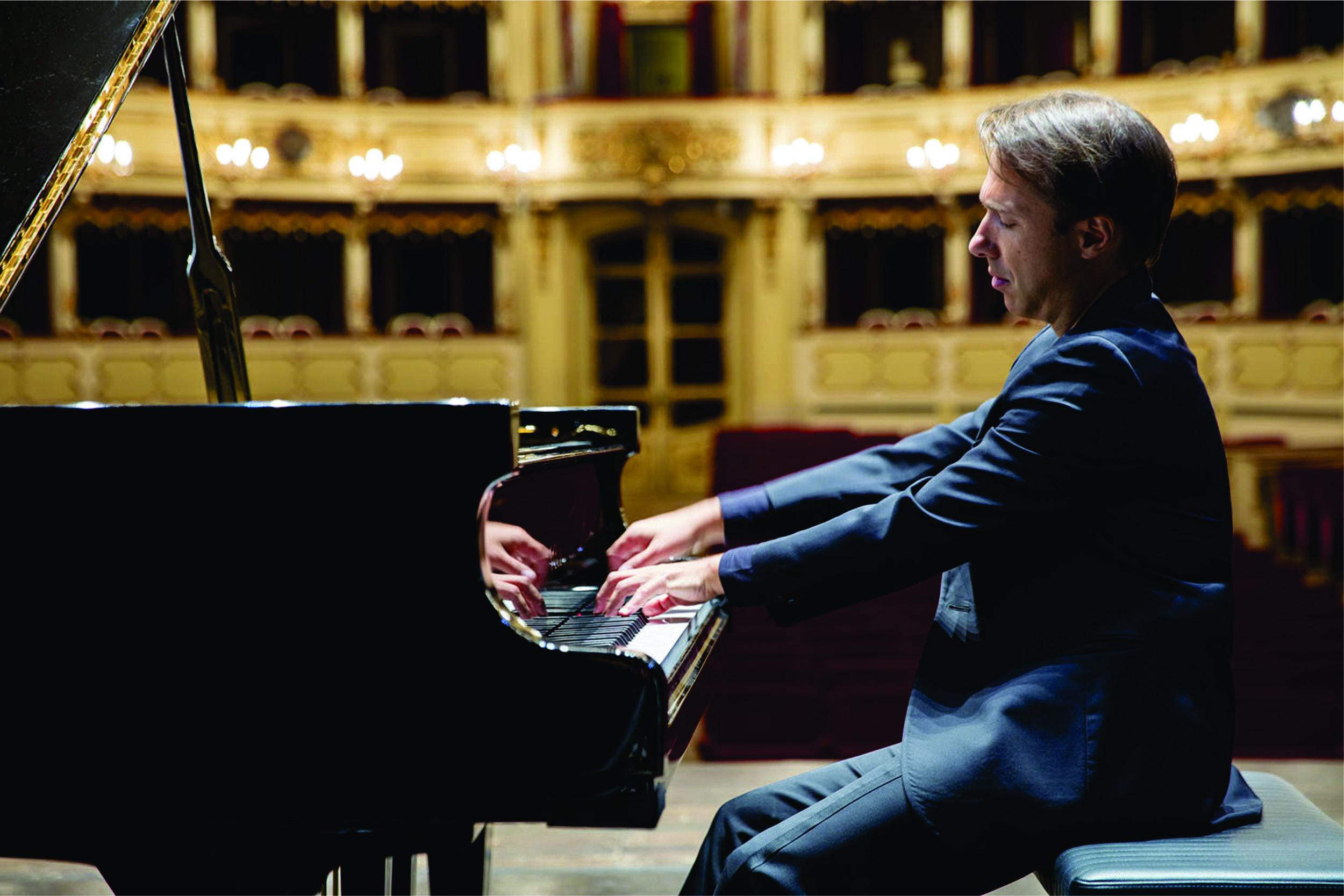 maurizio baglini pianist press kit 1