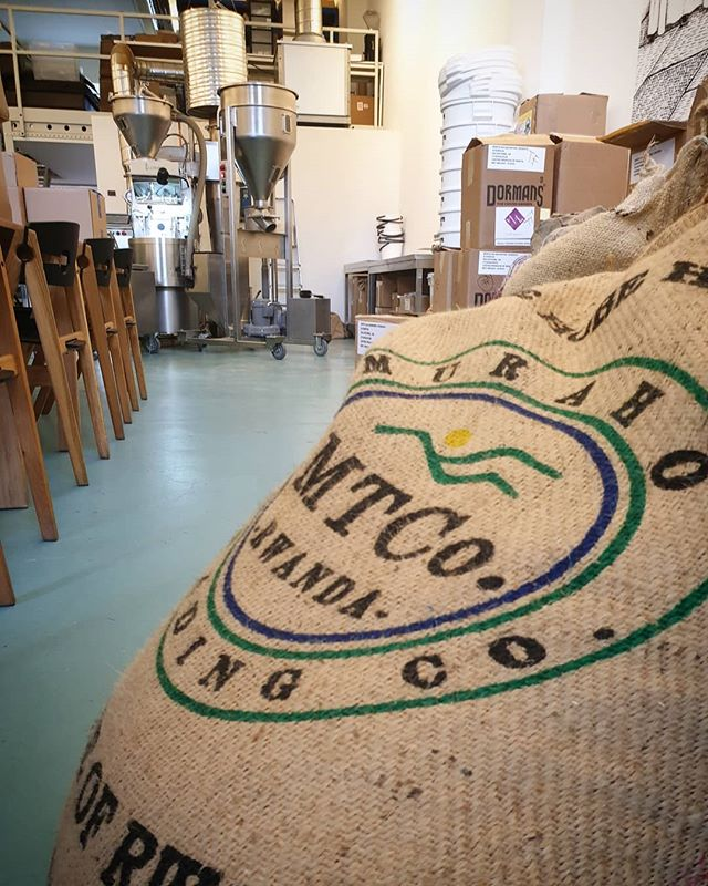It's a big day for us at Hobe. Today it has been one whole year since we arrived in Copenhagen and what a year it has been! Today is also the first time we've had the pleasure of roasting Shyira and Rugali in Denamrk. Can't wait to taste them, being served at @prologcoffeebar very soon! Thank you to @jonasgehl, @sebquistorff and the team for supporting Hobe Coffee and Rwandan Specialty coffee.  #specialtycoffee #rwandancoffee #copenhagen #denmark🇩🇰