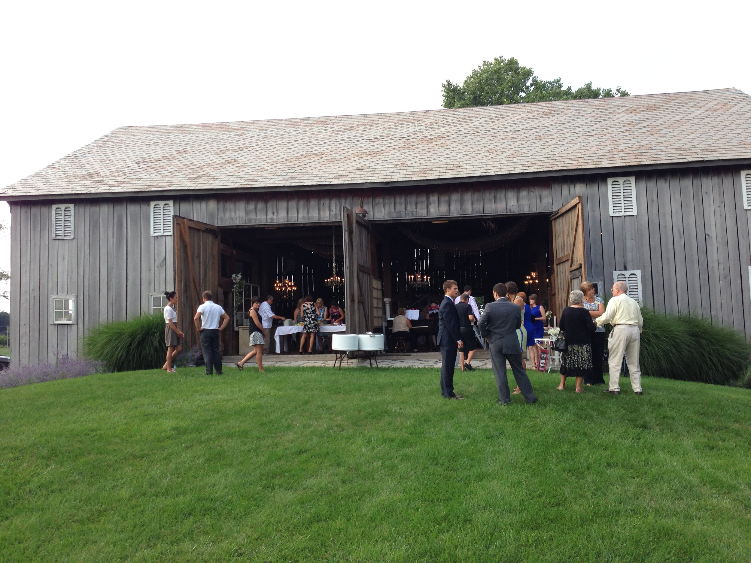 Nappanee Farmhouse Wedding Venue