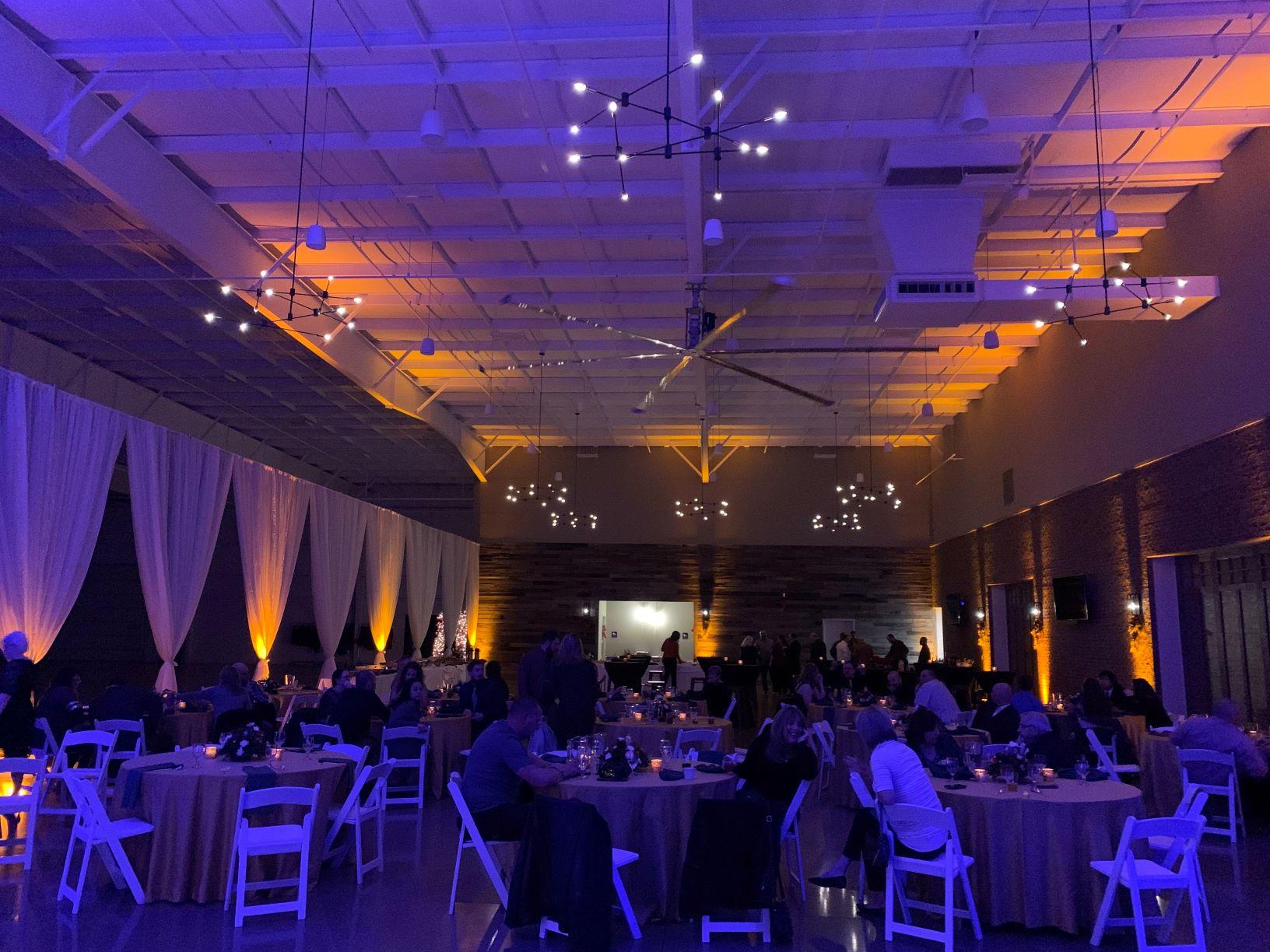 Elkhart Center 615 Candlelight Yellow & Blue Wash Uplighting