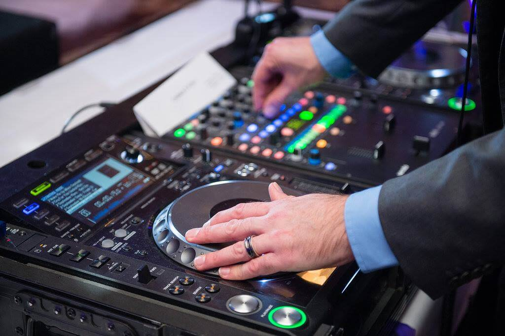 Goshen wedding reception DJ with CDJ turntables