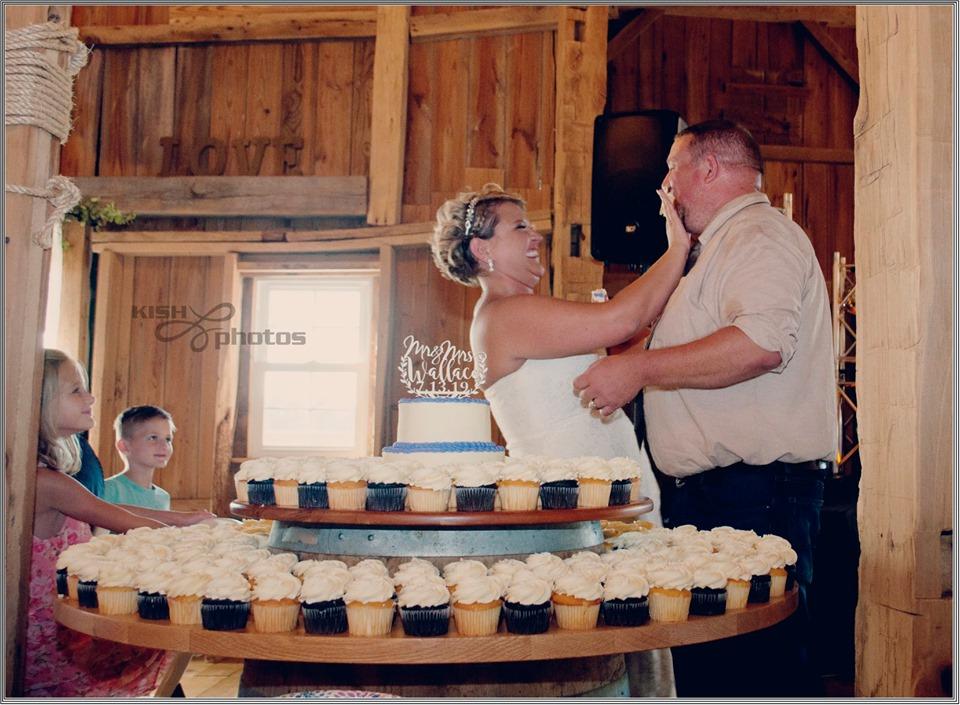 Cake cutting at Meadow Brook Barn