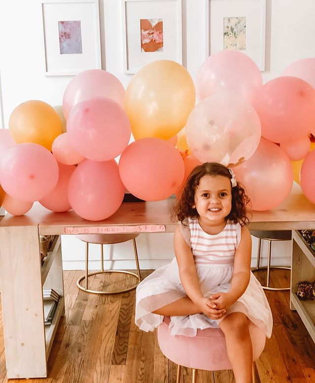 Happy 3rd Birthday to our little Avery🥳🎂 It has been such a joy getting to know you (and I'm not just saying that because we are so much alike😂). You are just the sweetest, funniest little person and you always know exactly what you want! We love you so much💕😍💕😍 Also, I made that balloon garland myself and I need everyone to know that 😂🤣 #craftyaf #stylingbykrys #yourfriendlyneighborhoodstylist #averylondon #thisis3 #threenagerherewecome #minime #buddingfashionista