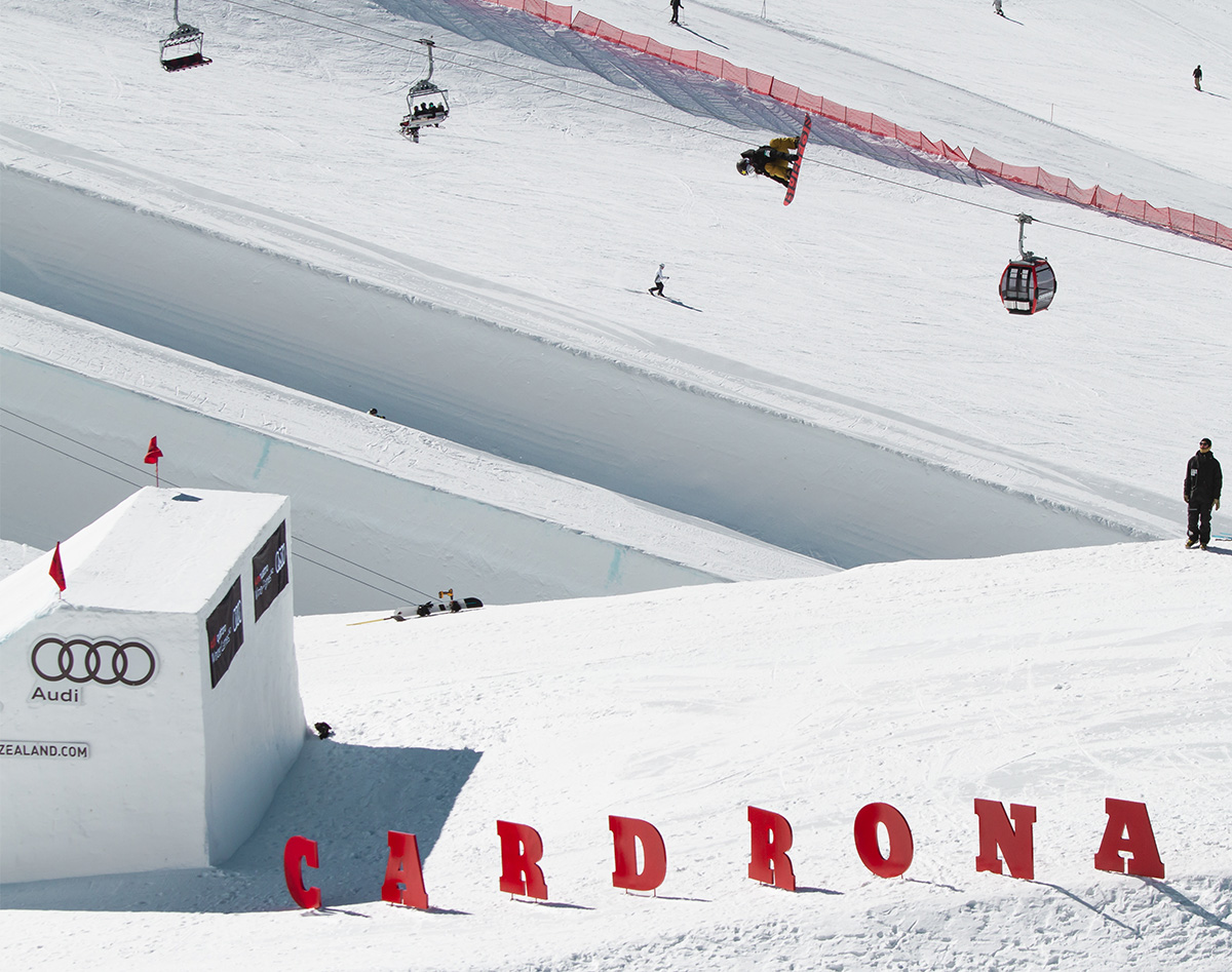 Leila on her way to winning the 1st FIS Big air world cup of 2018.