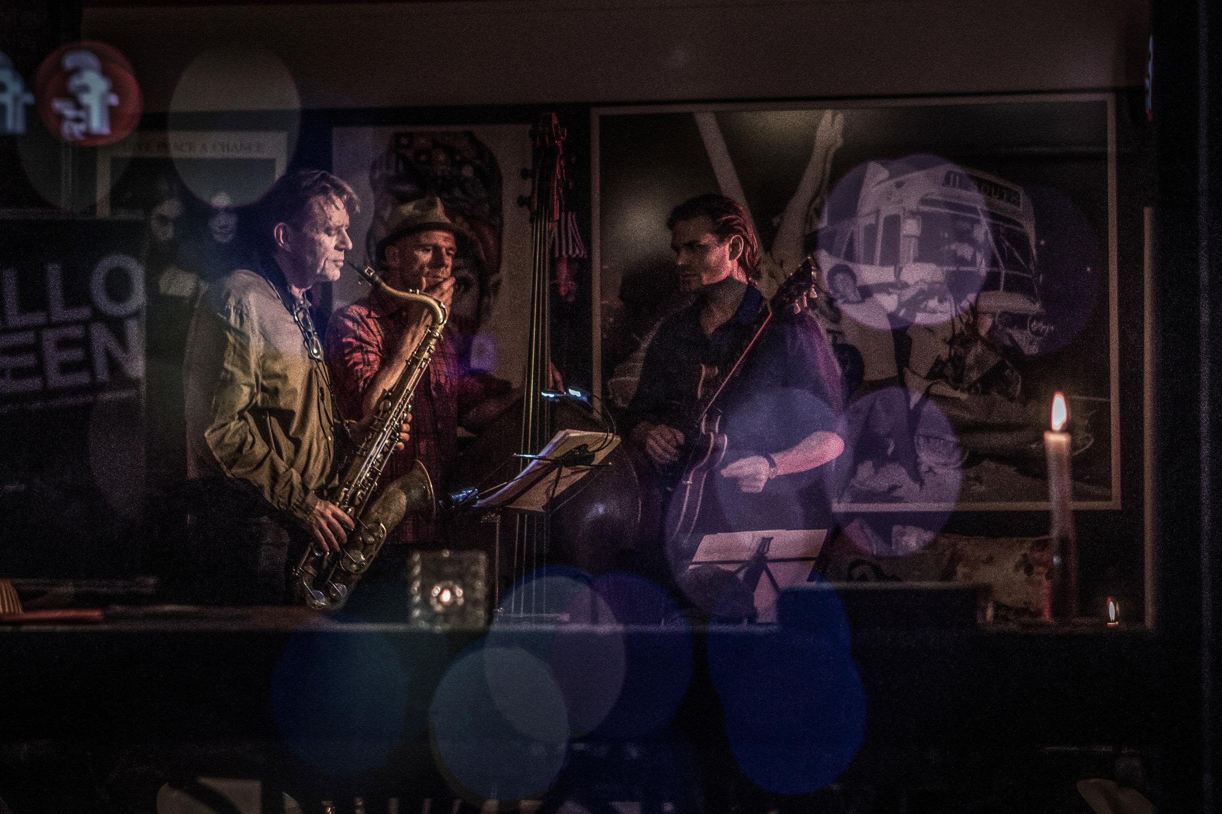 Jens Fisker Trio, Café Ulla Terkelsen