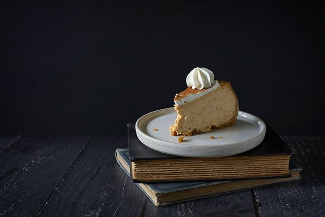 If y'all haven't tried @thejokersbakery pumpkin cheesecake yet you're missing out! . . . #tastefullyartistic #seasonalfood #forkfeed #shareyourtable #darkfoodphotography #photosoffood #simplisticfood #eatstagram #igfood #goodeats #instafood #chicoproductphotographer #chicofoodphotographer #chicophotographer #agameoftones #feedfeed #nikonfoodphotography #eatlocal #eatseasonal #flatlayforever