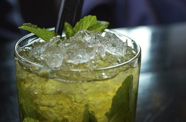 cocktail-2306939_640.jpg