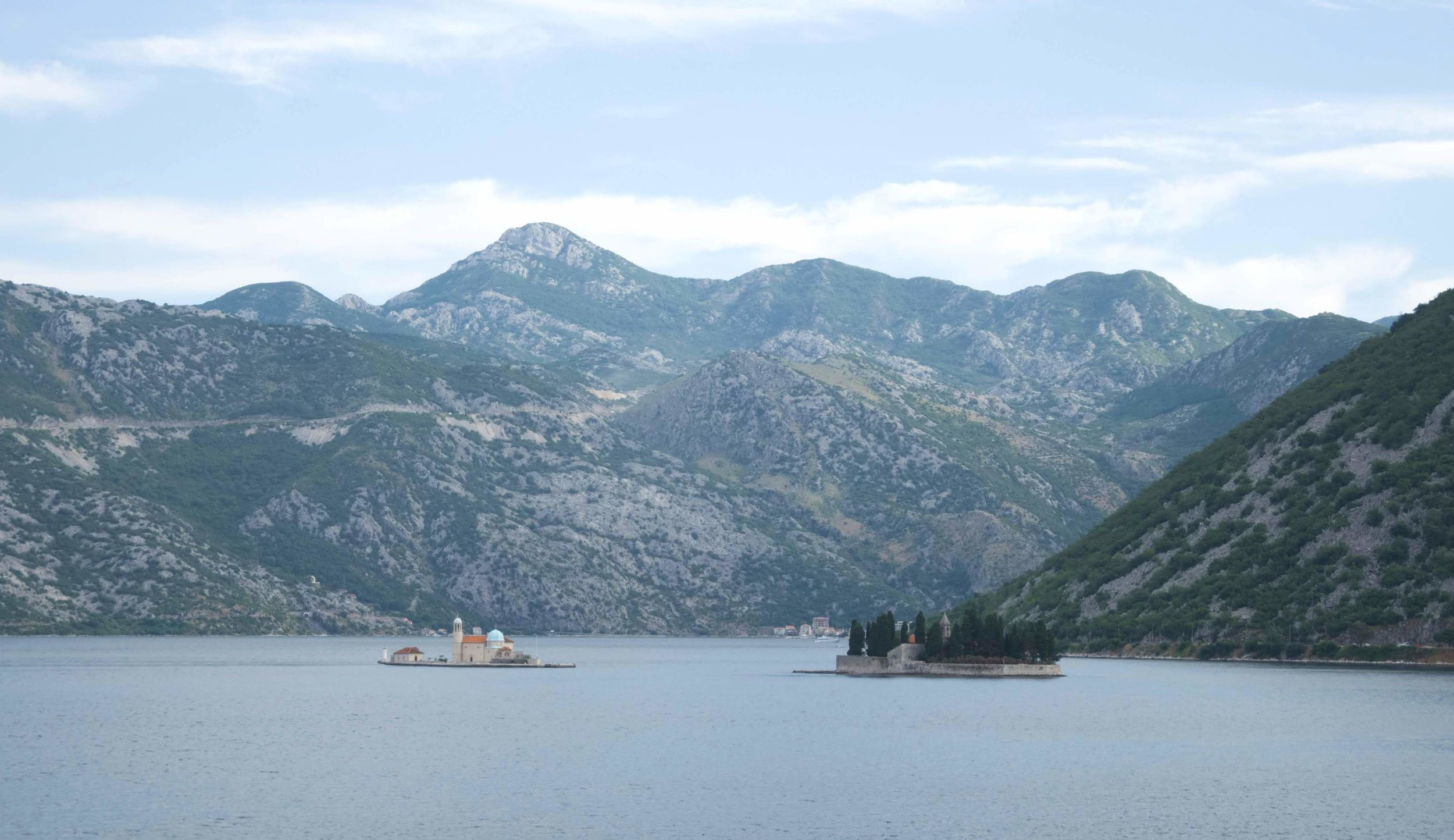 The islands of Perast: Our Lady of the Rocks and the Island of St. George, respectively. (Photo: tPac)
