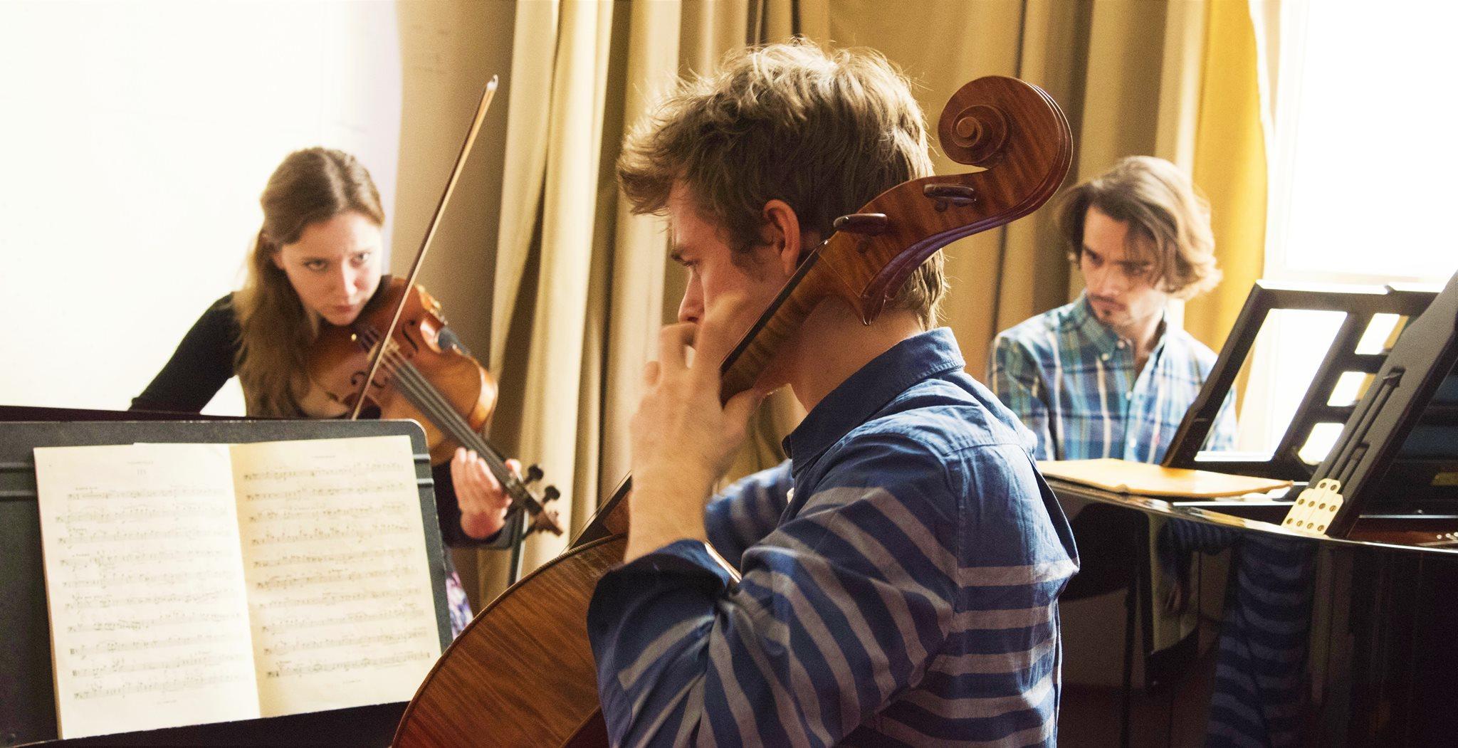 Cc : Ferrante Ferranti  Conservatoire National Supérieur de Musique, Paris (France)