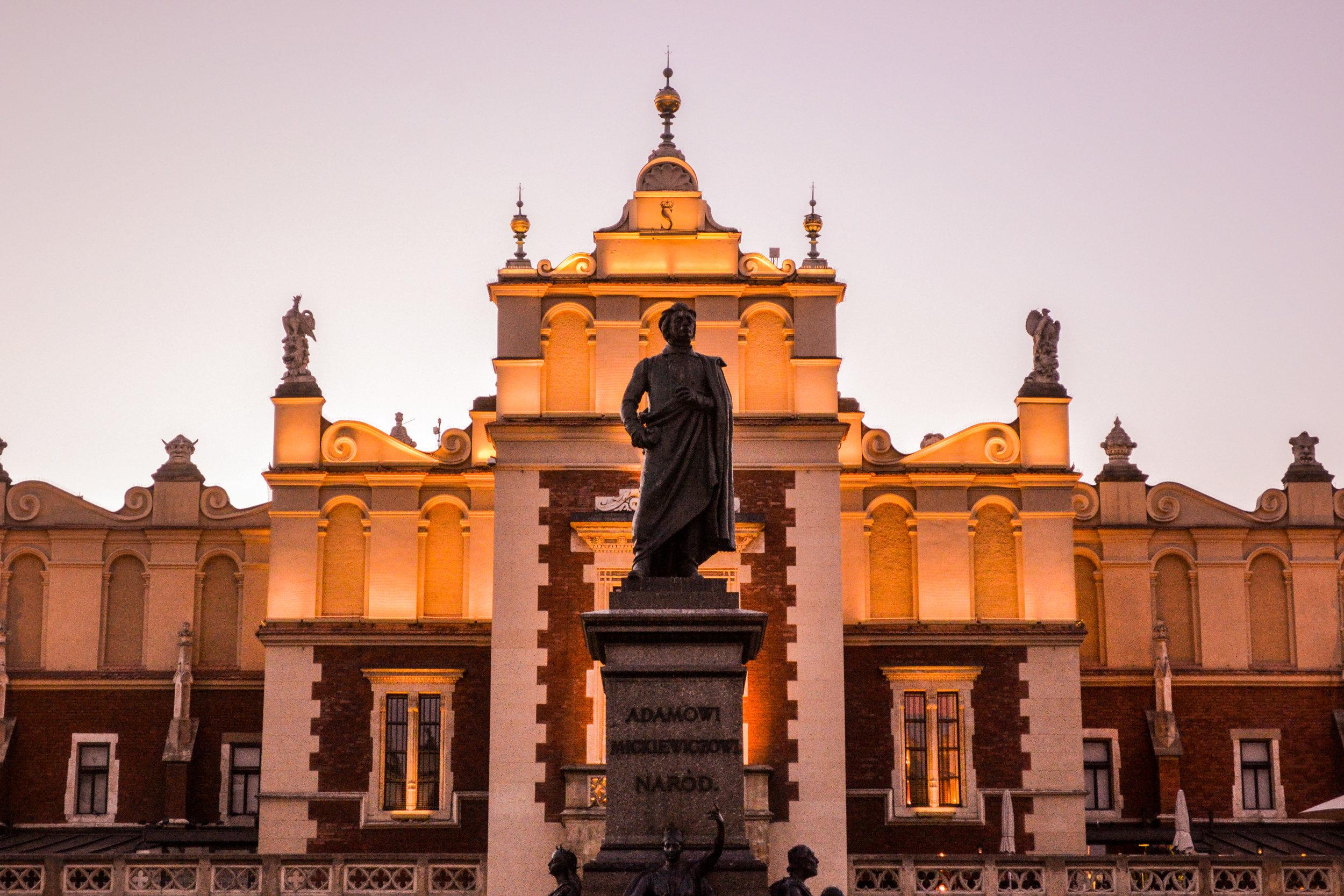 Adamowi Statue Krakow.jpg