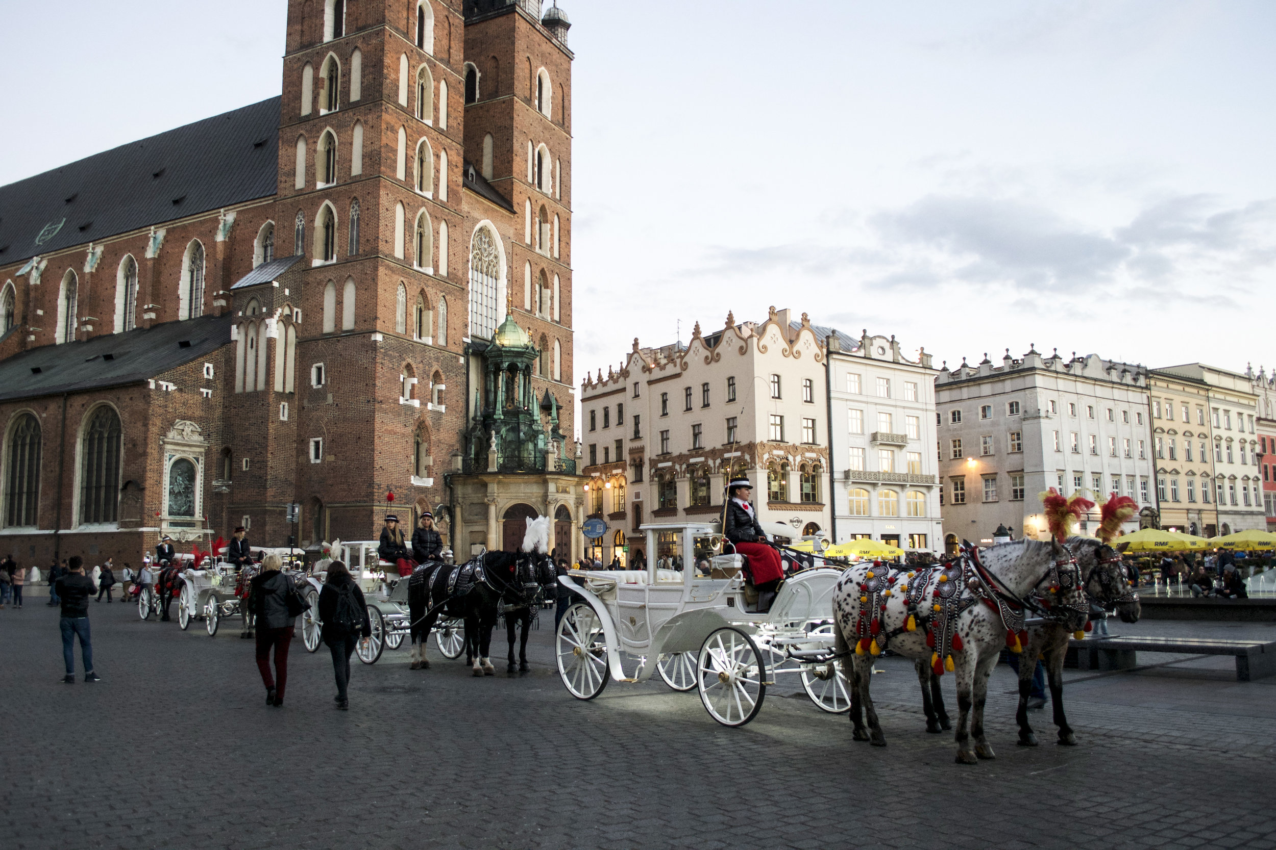 Carriages Old Town Krakow.jpg